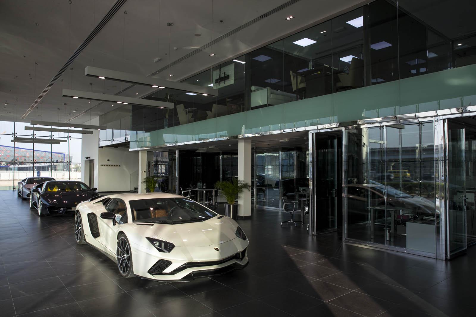 Lamborghini-Dubai-7.jpg