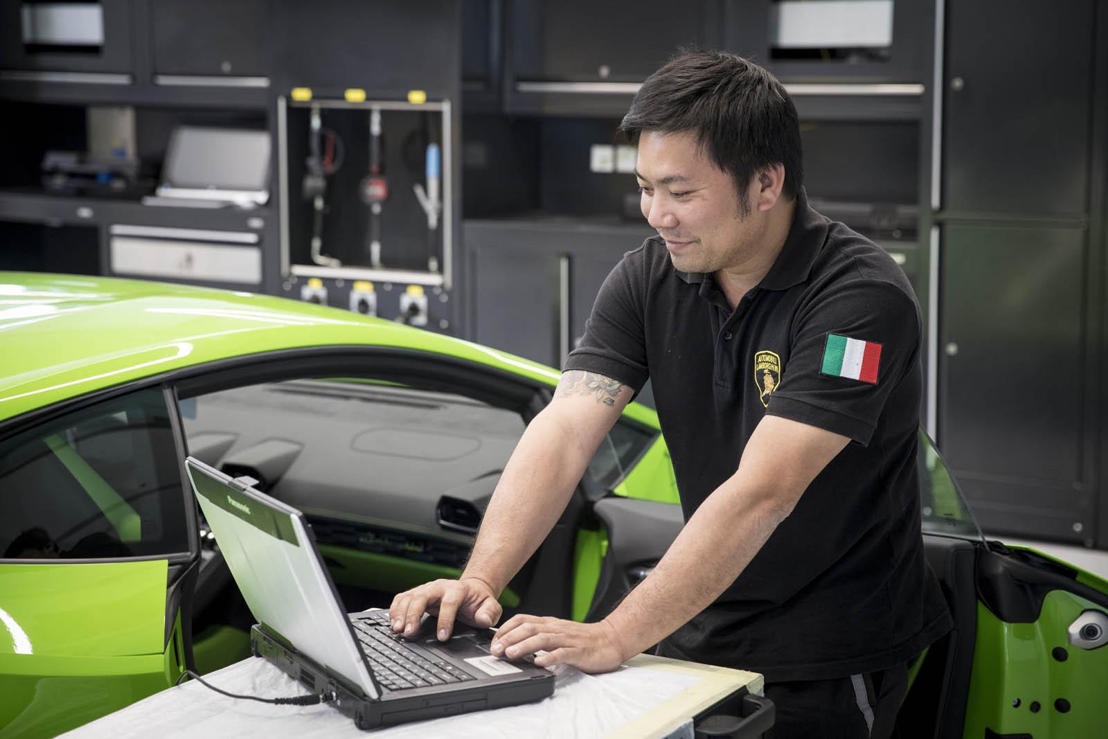 Lamborghini-Dubai-16.jpg