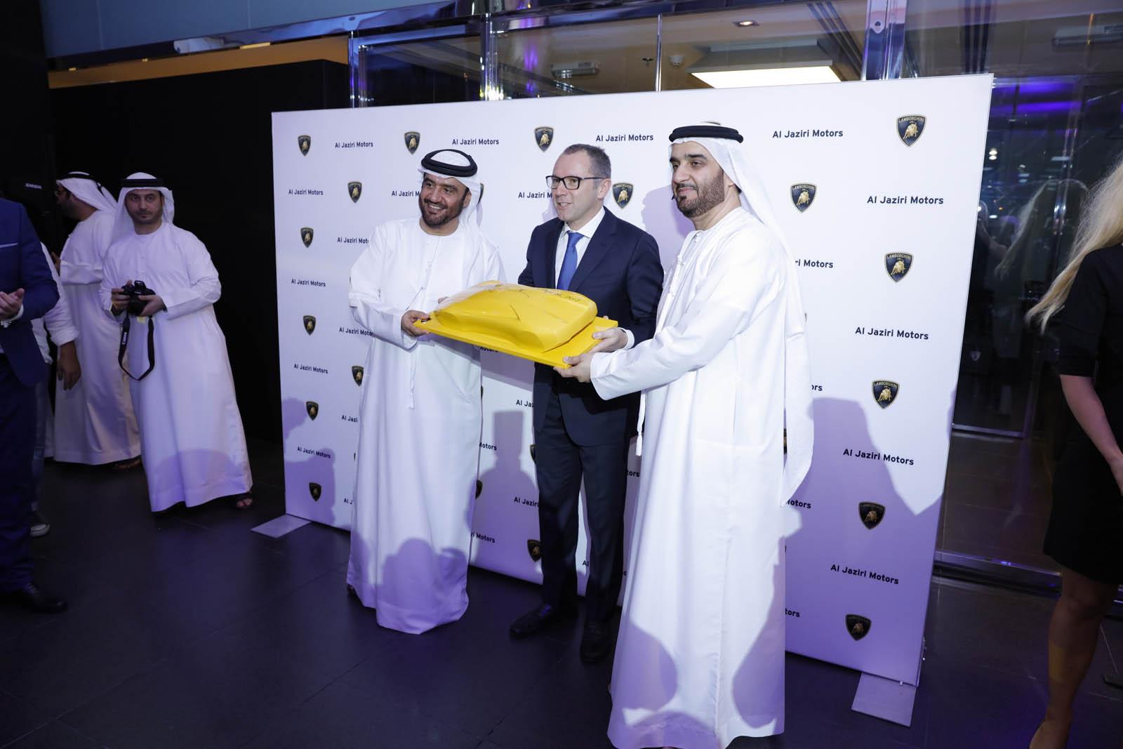 Lamborghini-Dubai-24.jpg