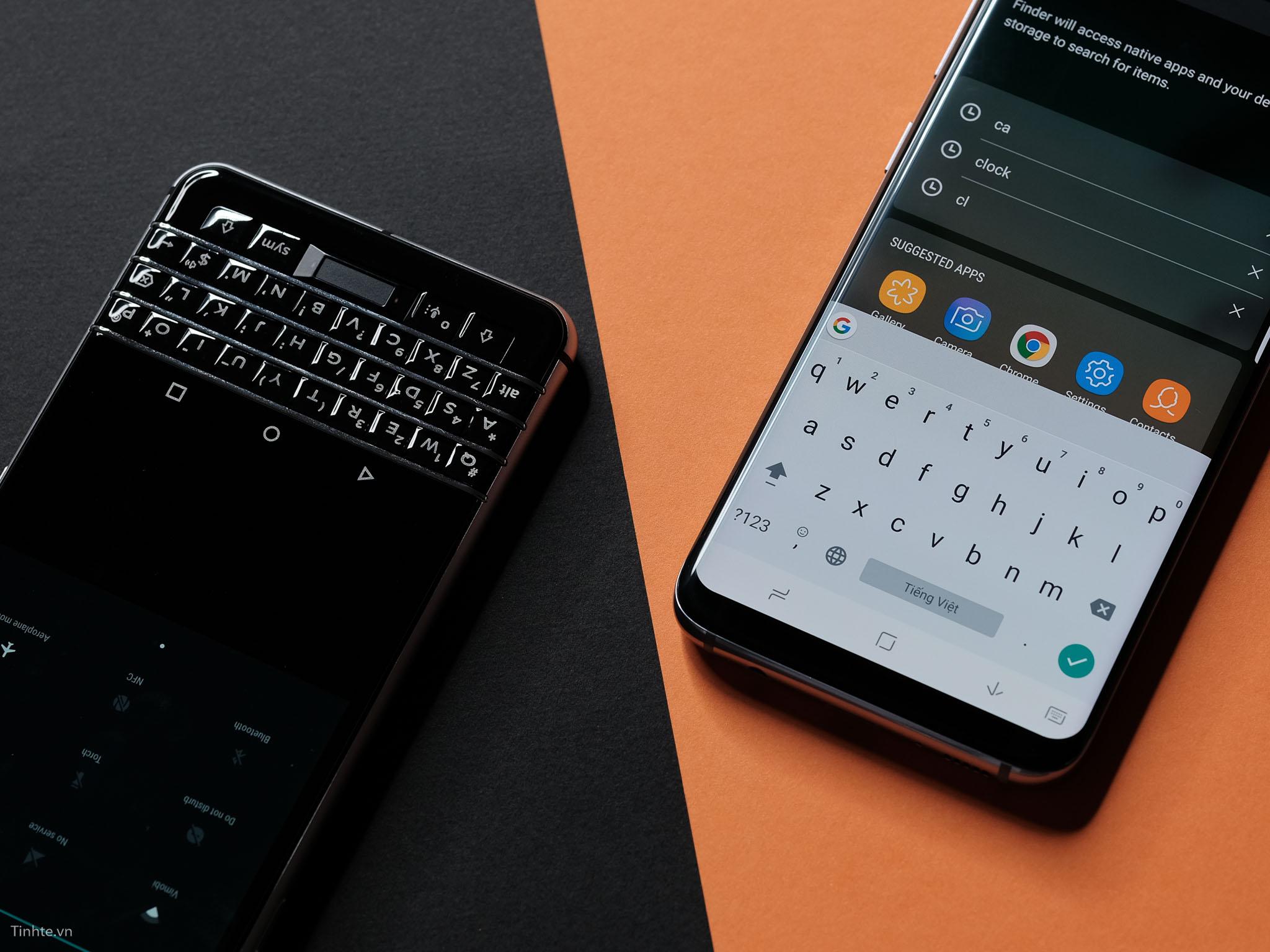 tinhte_anh_so_sanh_samsung_galaxy_s8_vs_blackberry_keyone_ (2).jpg