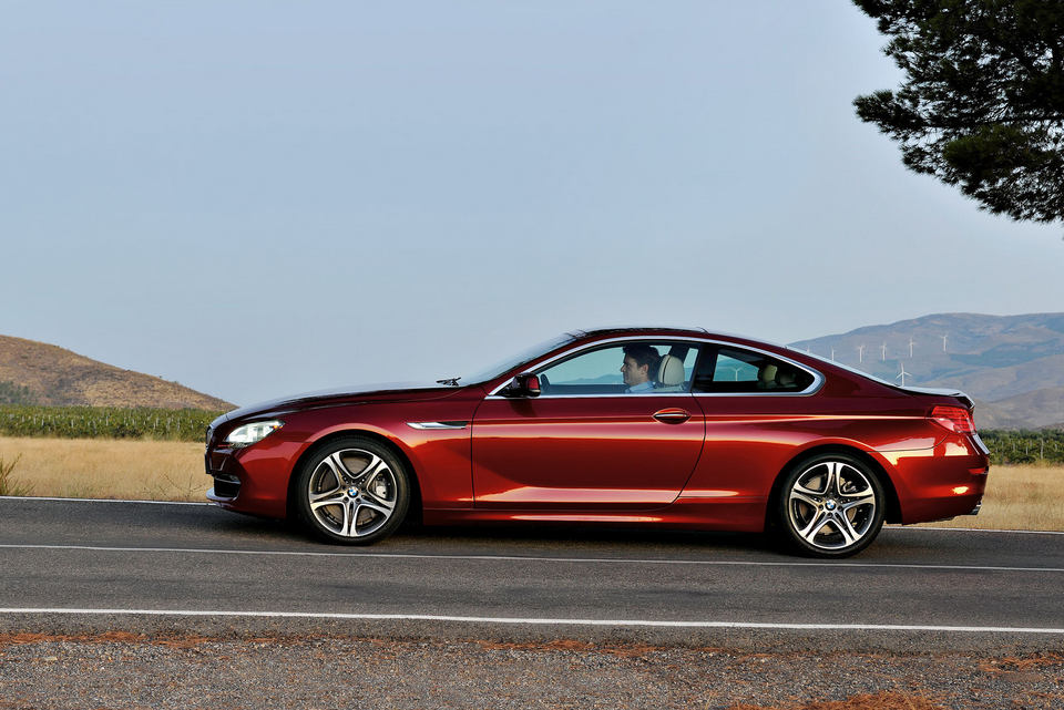 2012-BMW-6-Series-Coupe-79.jpg