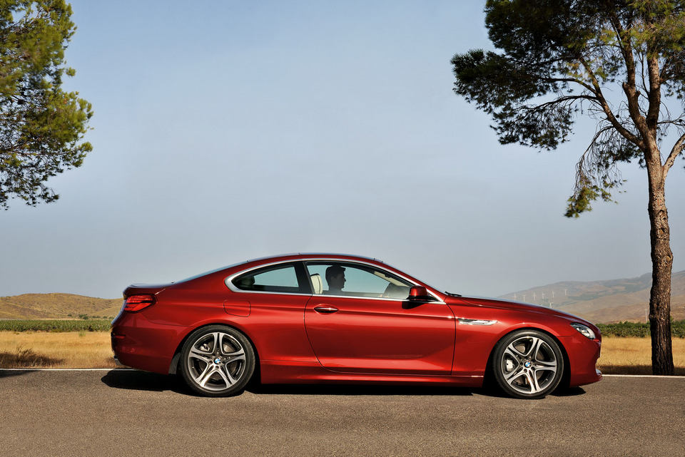 2012-BMW-6-Series-Coupe-80.jpg