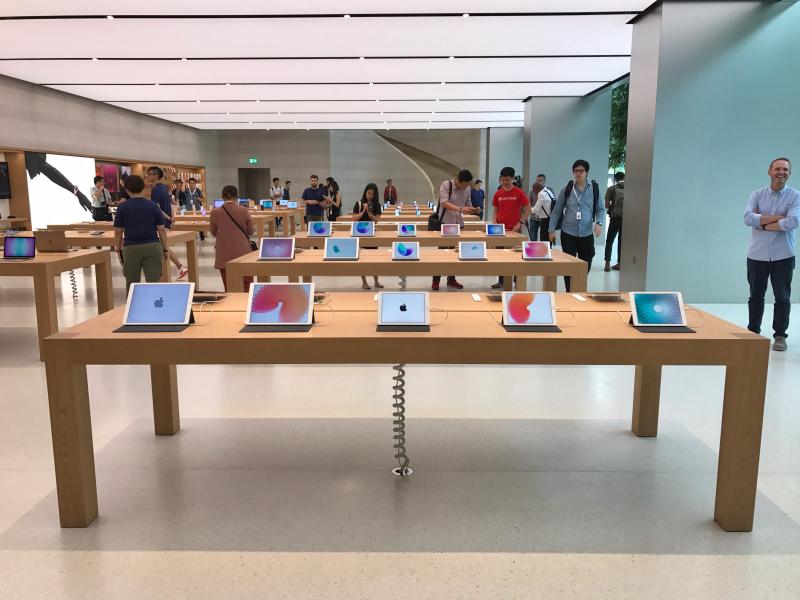 apple-store-singapore-21.jpg