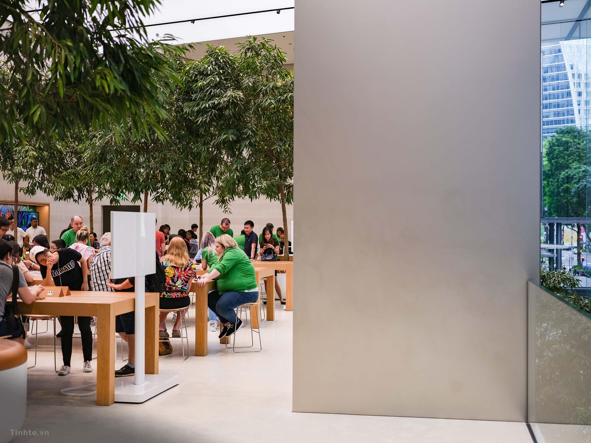 Apple-Store-Singapore-15.jpg