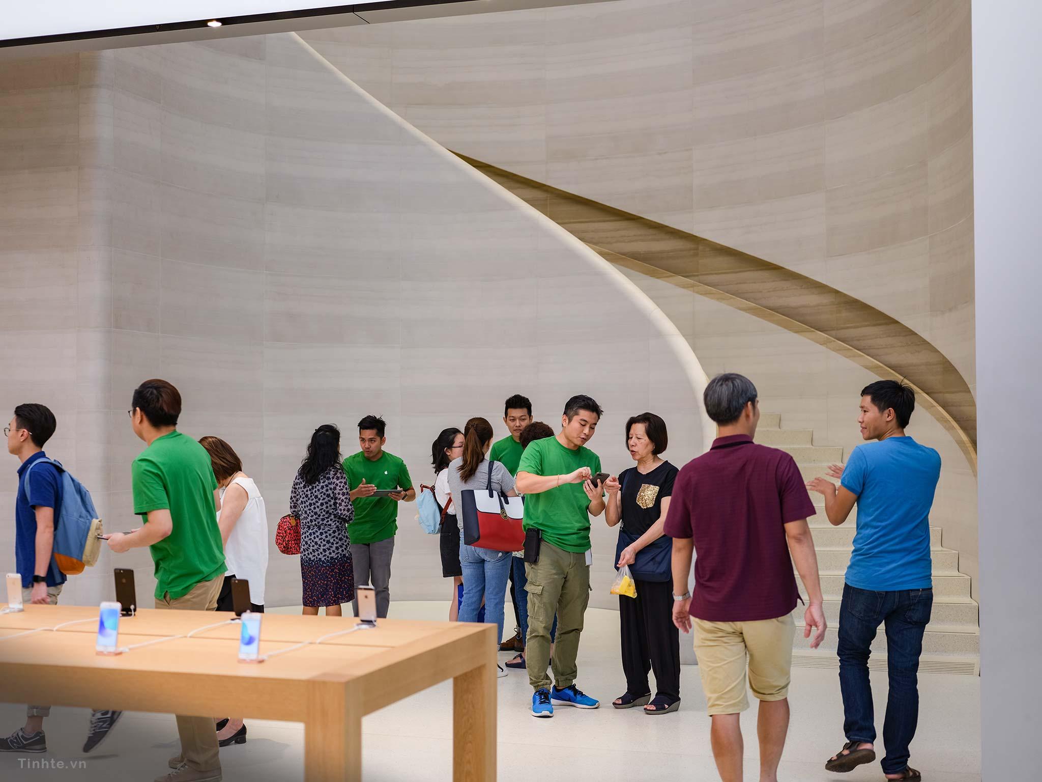 Apple-Store-Singapore-23.jpg