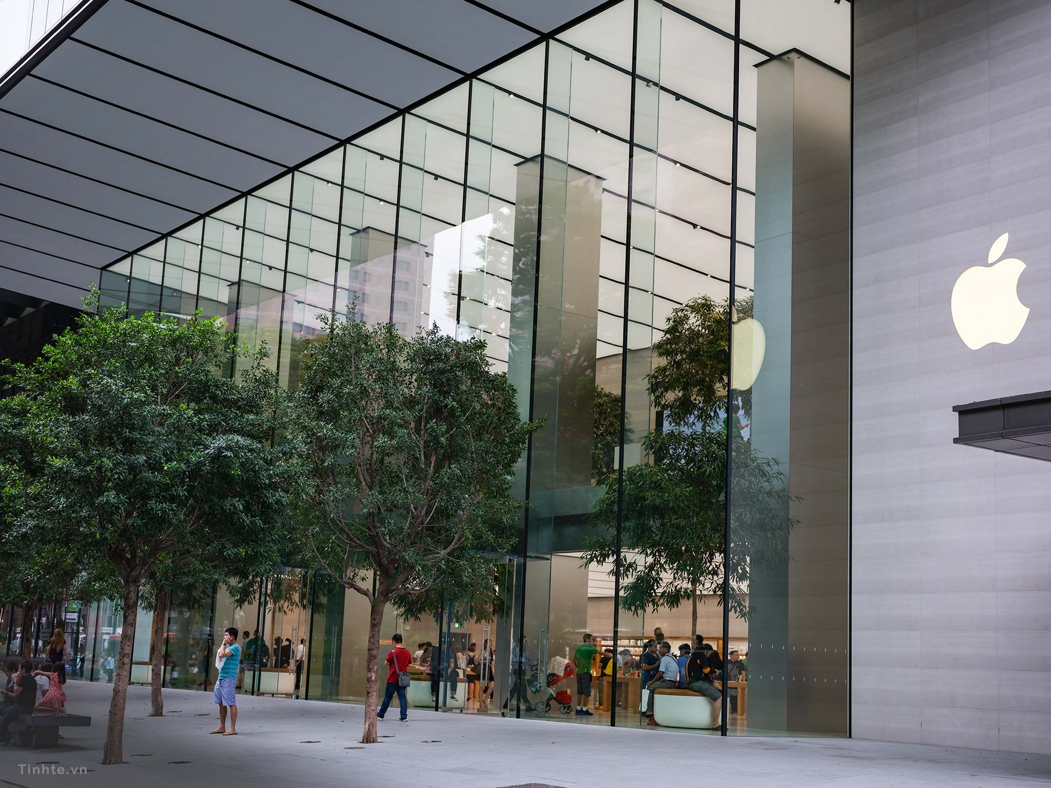 Apple-Store-Singapore.jpg