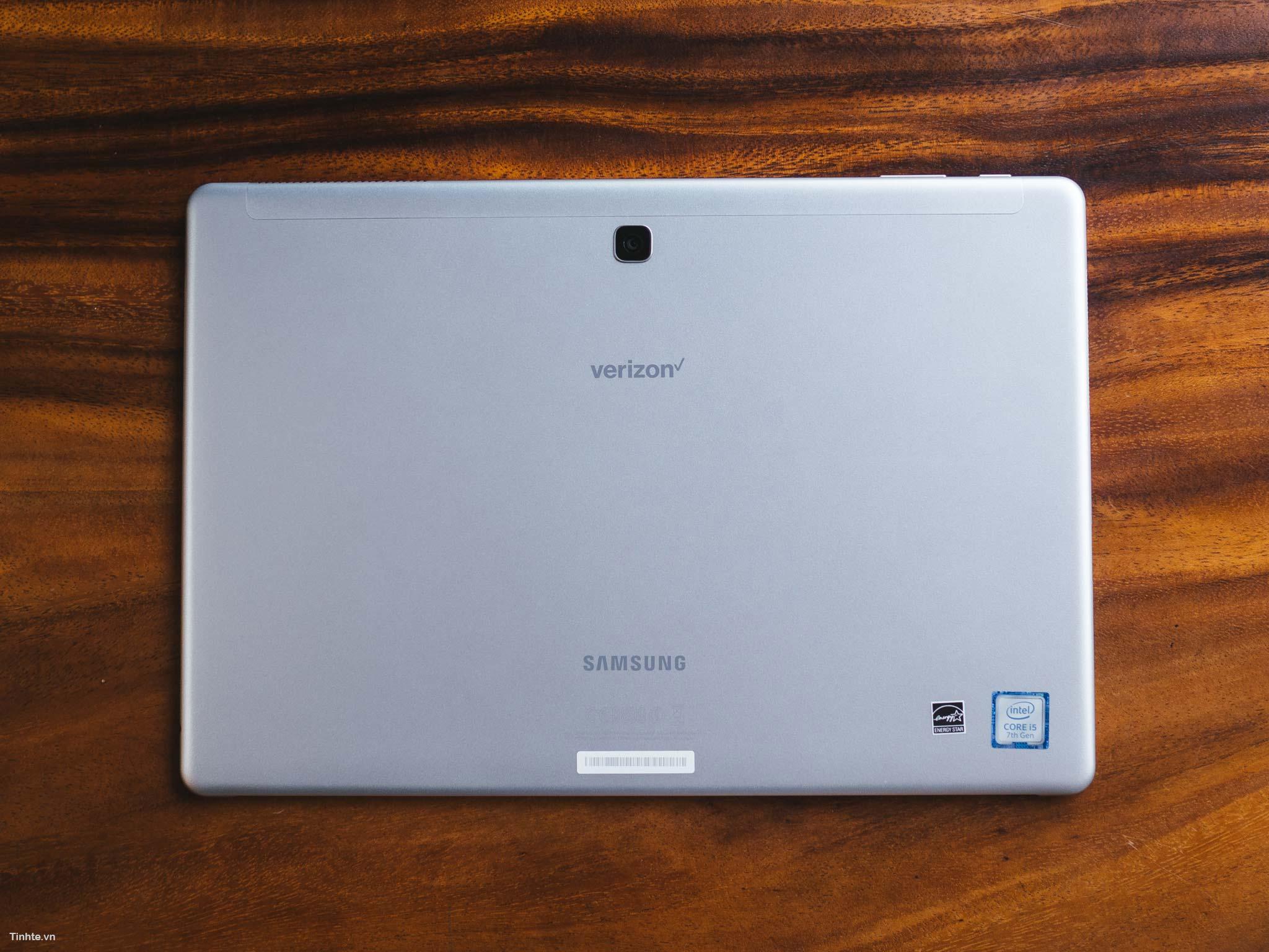 Samsung_book_12-4.jpg