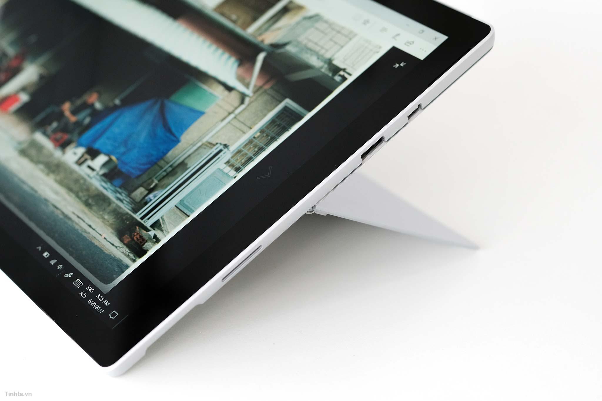 Surface_Pro_Surface_Laptop_3.jpg