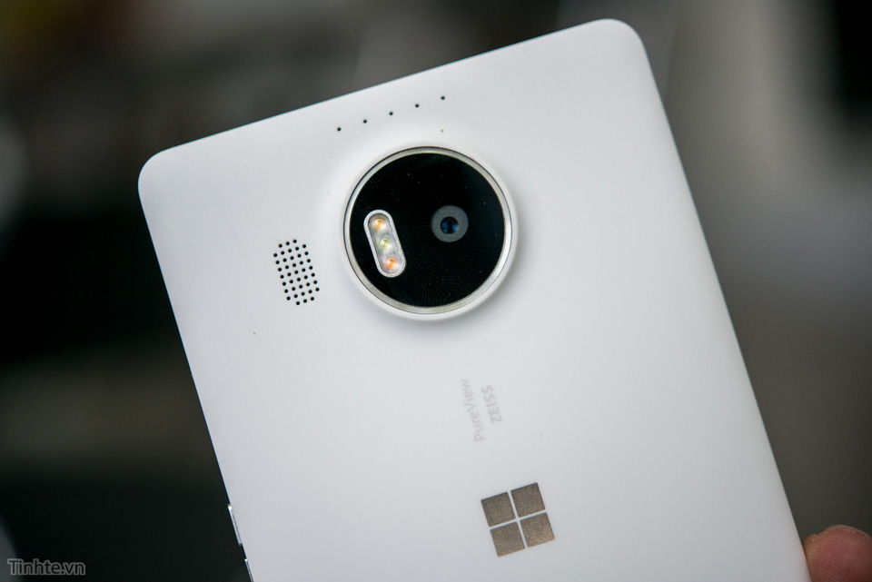 Lumia_950_XL_Windows_10_Mobile.jpg
