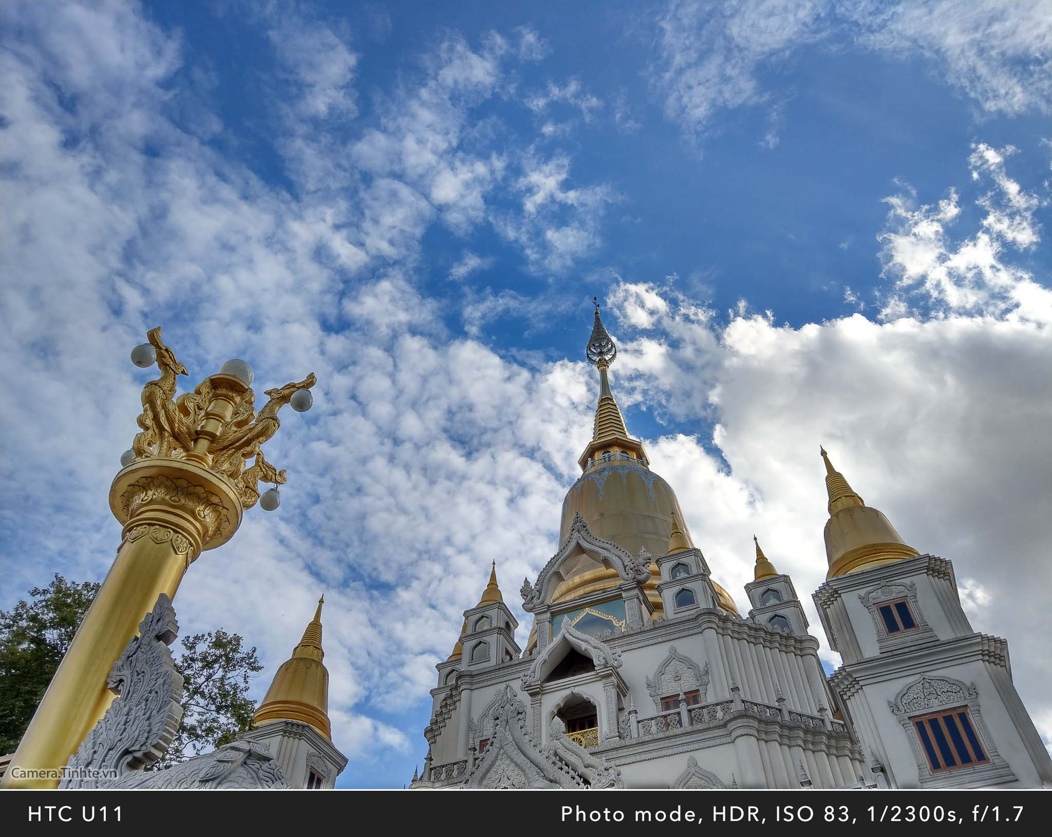 Camera.Tinhte_HTC U11_HDR_IMAG0322.jpg