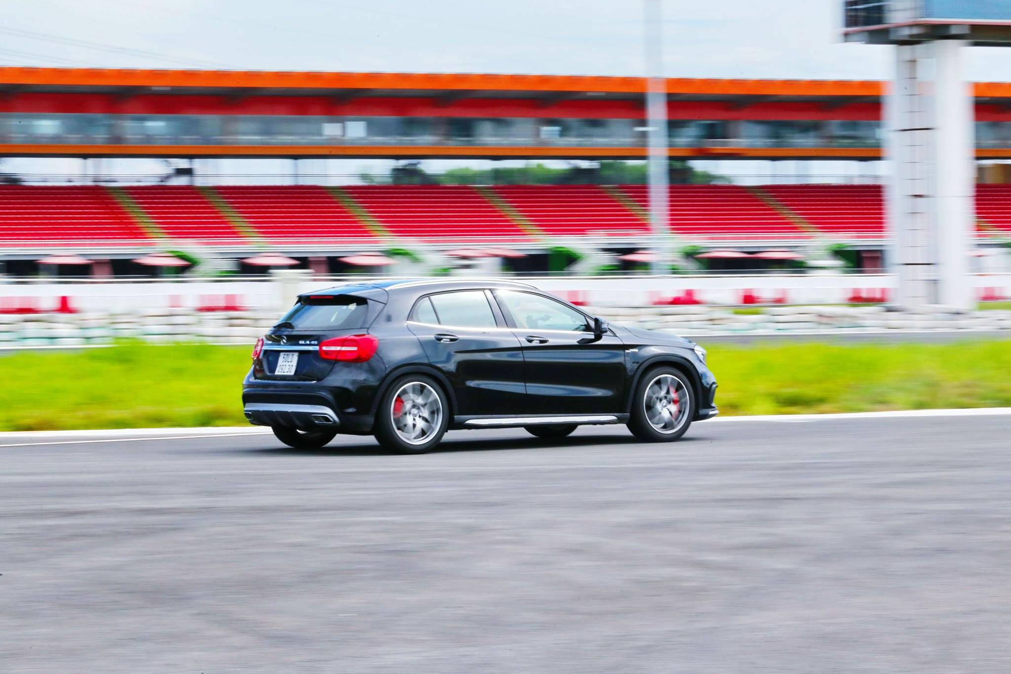 Xe.Tinhte.vn-Mercedes-AMG-GLA-45-4MATIC-3-2.jpg