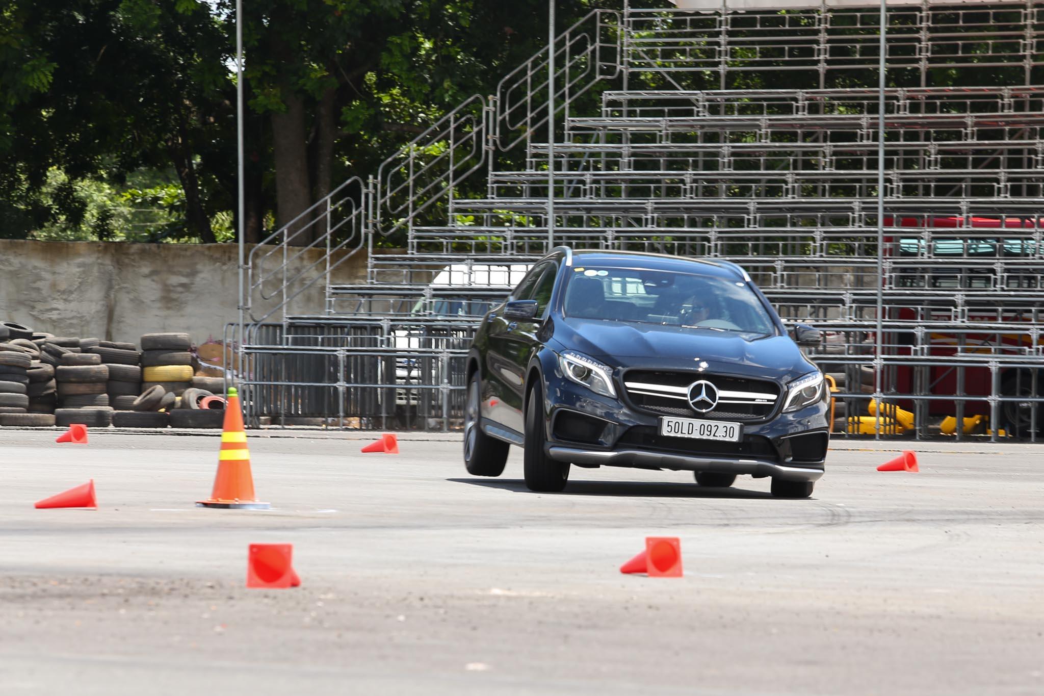 Xe.Tinhte.vn-Mercedes-AMG-GLA-45-4MATIC-8.jpg