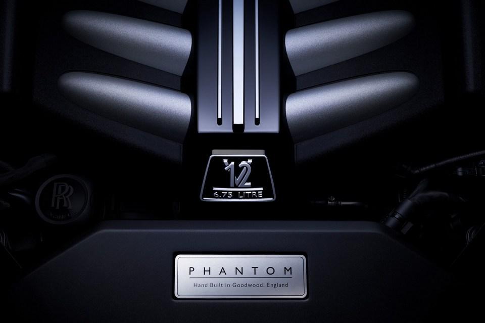 Rolls-Royce-Phantom-8.jpg