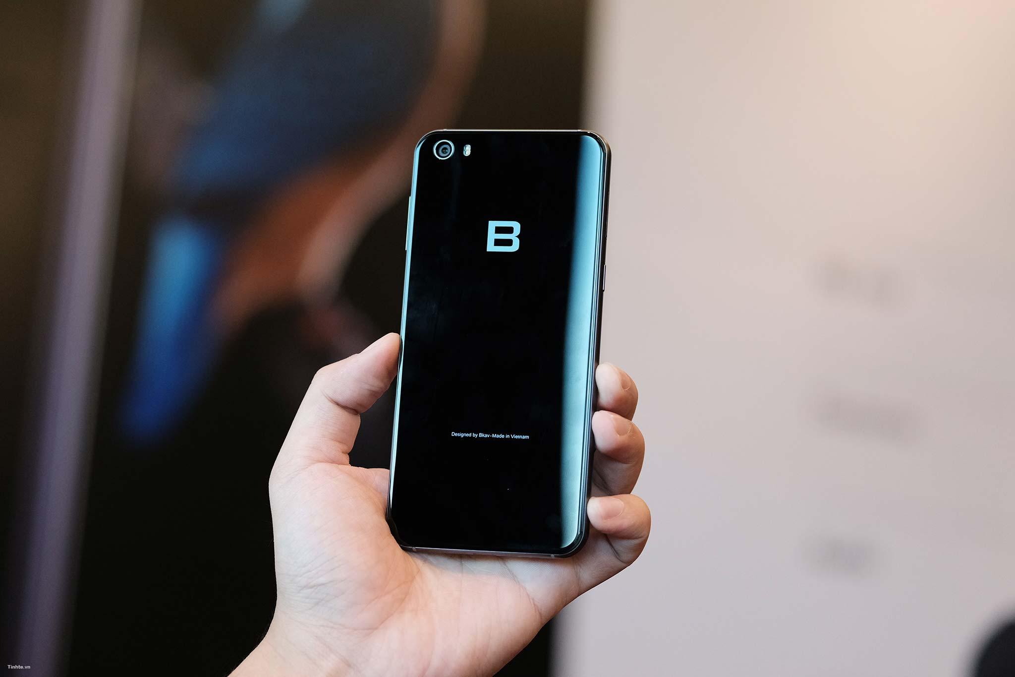 bphone-2017-tinhte-3.jpg