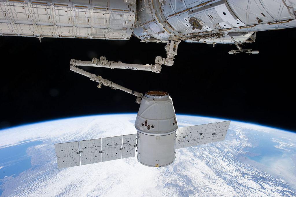 SpaceX CRS-12.jpg