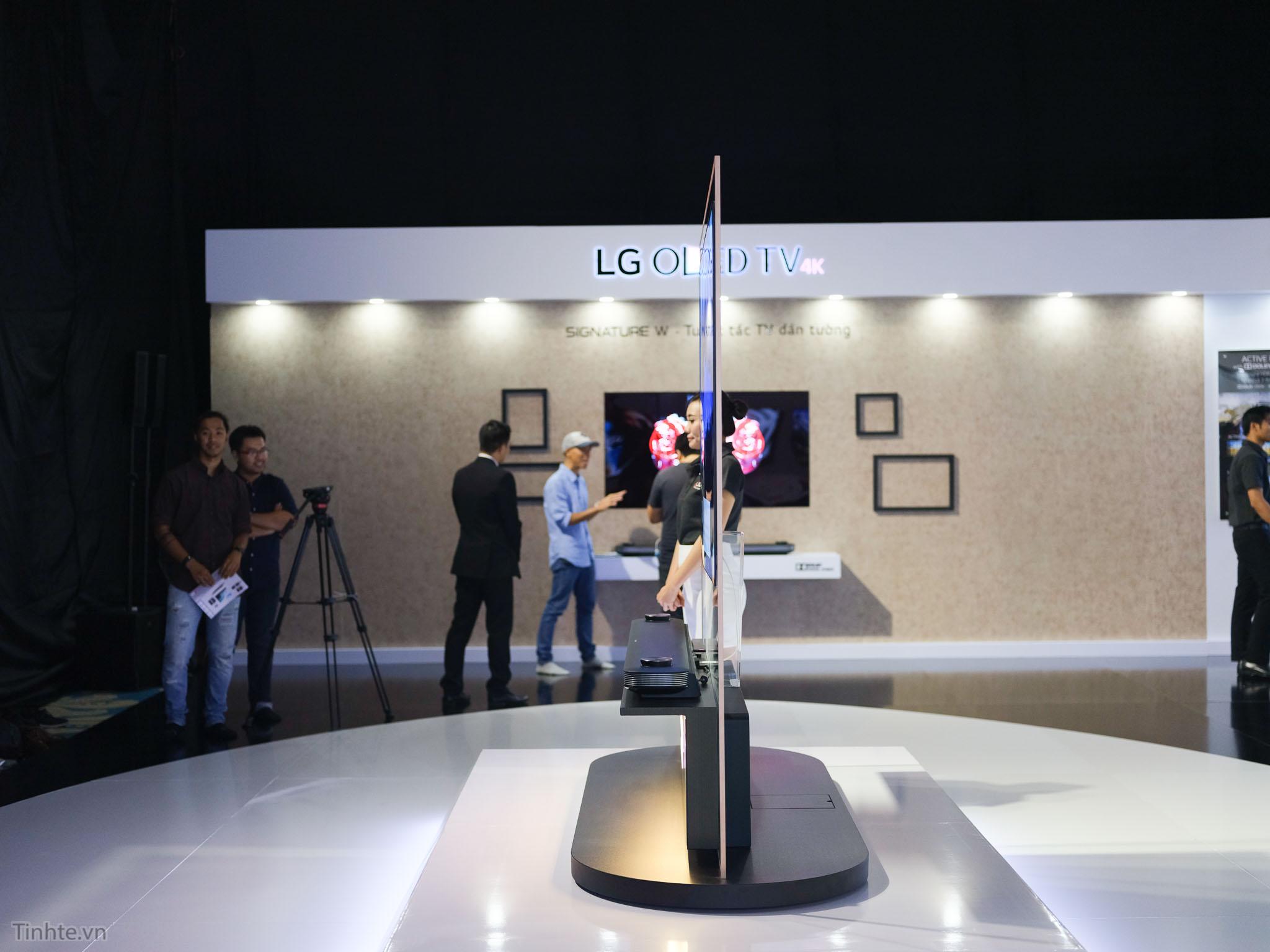 LG_OLED_Treo_tuong_tinhte.vn-10.jpg
