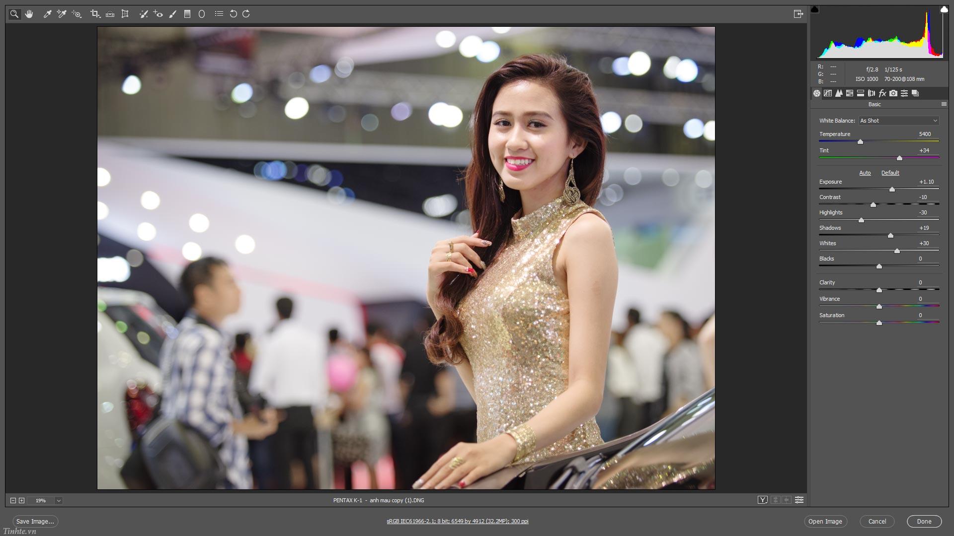 Lam_anh_sang_ro_trong_treo_hon_tinhte.vn.jpg