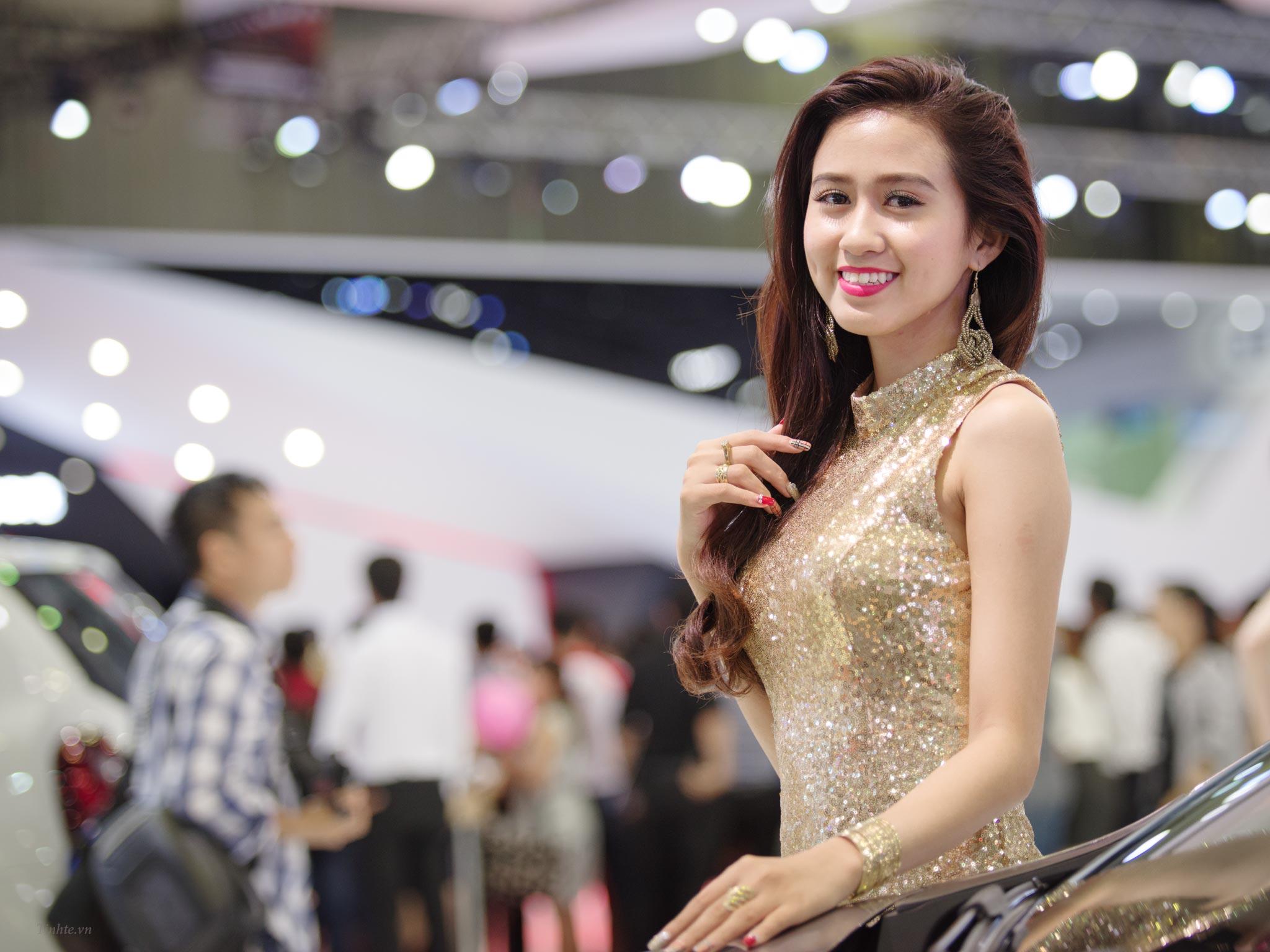Lam_anh_sang_ro_trong_treo_hon_tinhte.vn_06.jpg