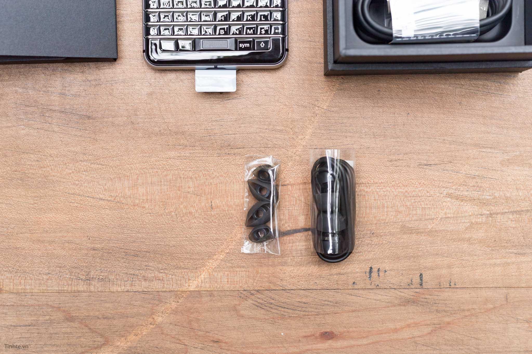 BlackBerry-KEYone-tinhte-12.jpg