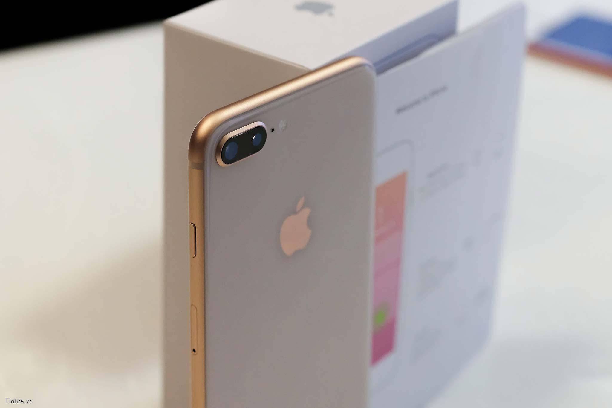 tinhte_tren_tay_apple_iphone_8_iphone8_plus1.jpg