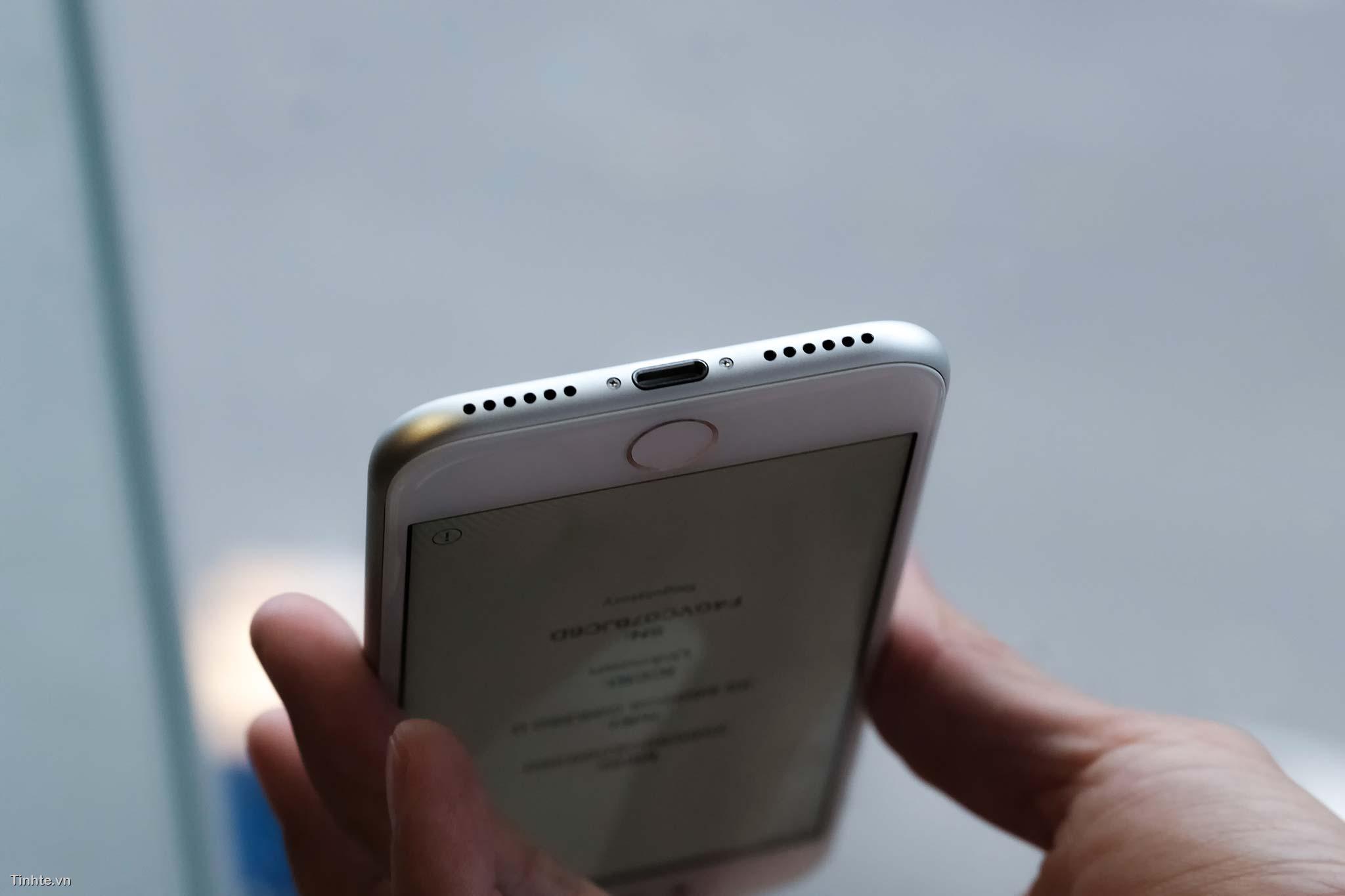 tinhte_tren_tay_apple_iphone_8_iphone8_plus8.jpg