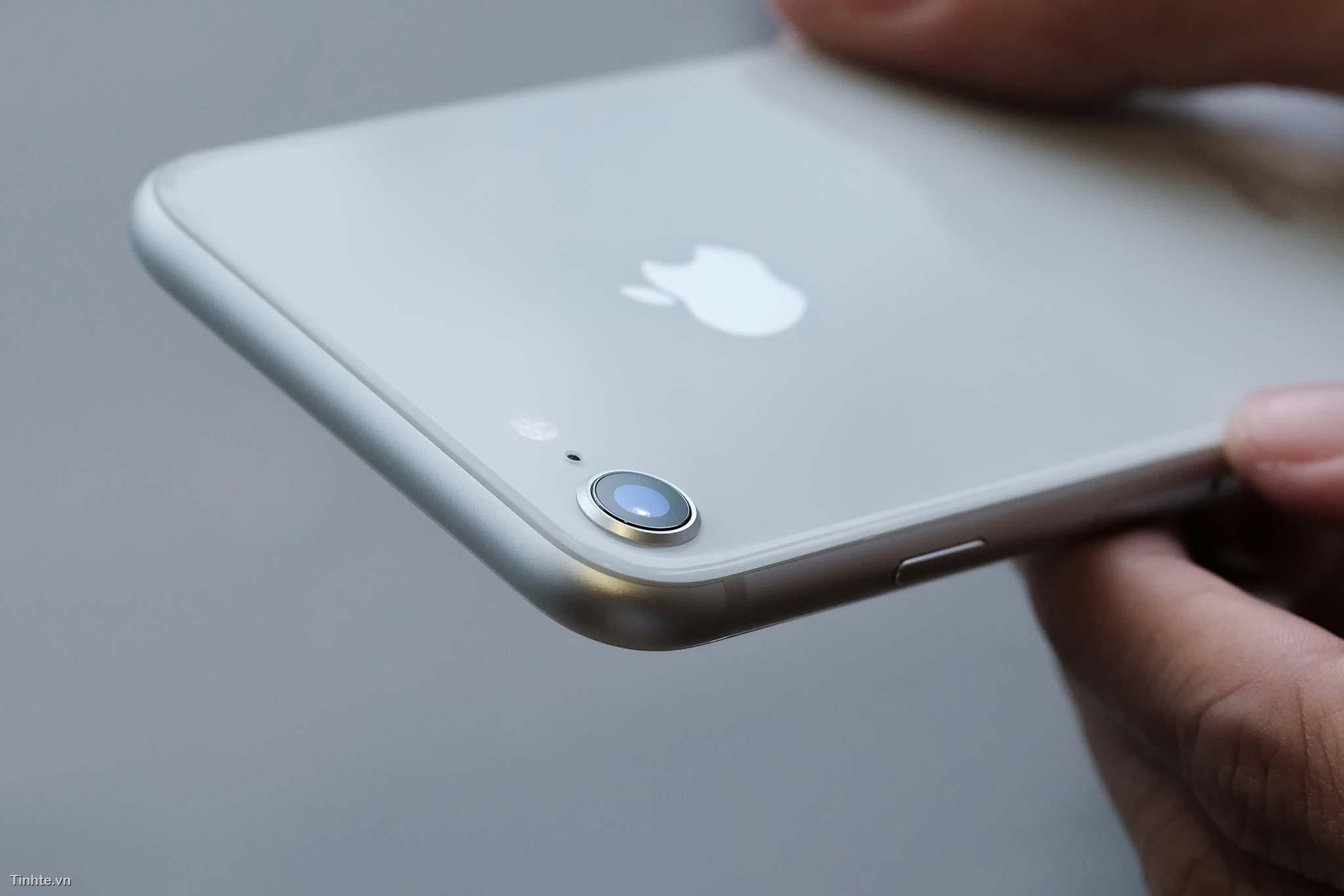tinhte_tren_tay_apple_iphone_8_iphone8_plus11.jpg