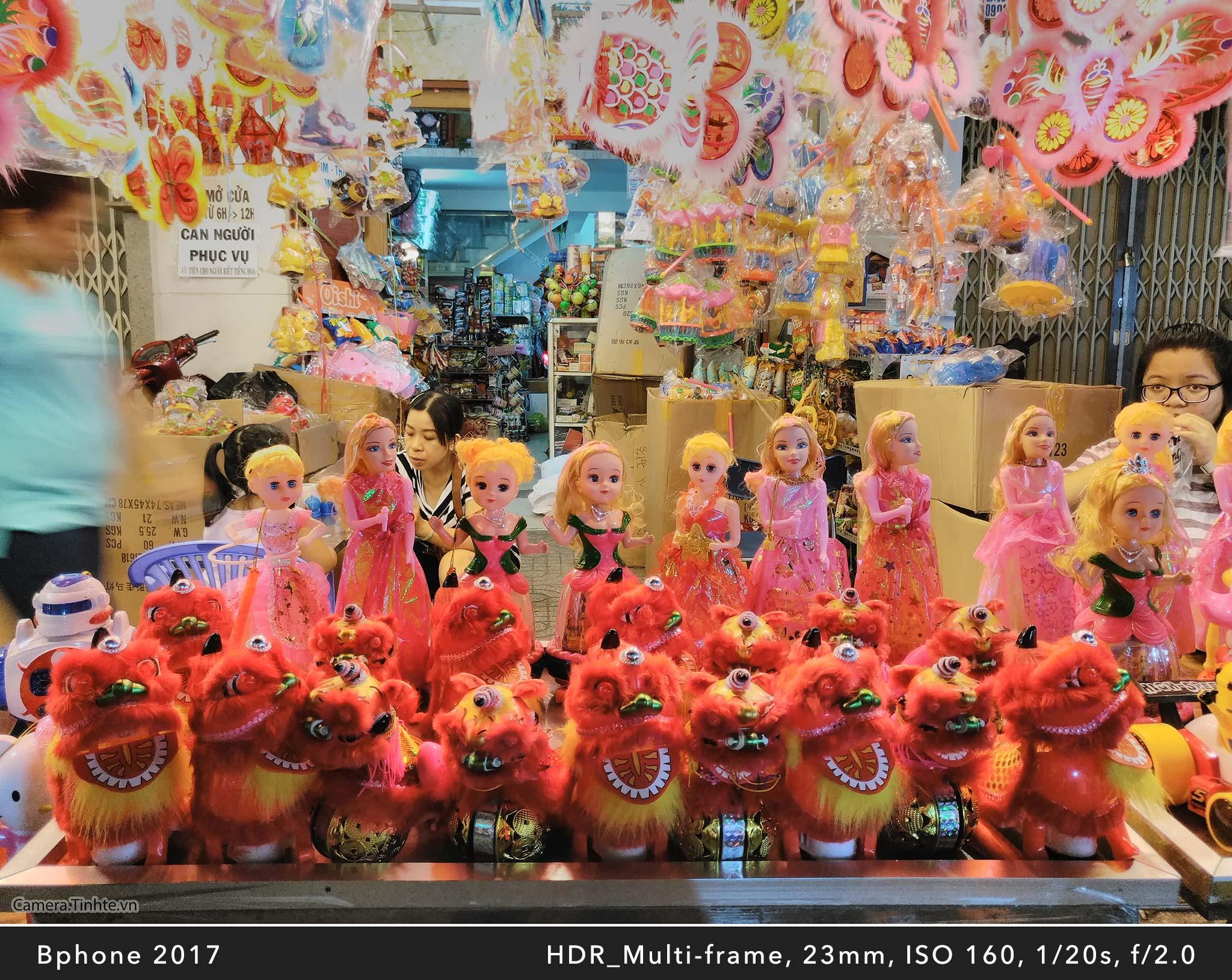 Camera.Tinhte_Review-BPhone2017_IMG_20170918_204052.jpg