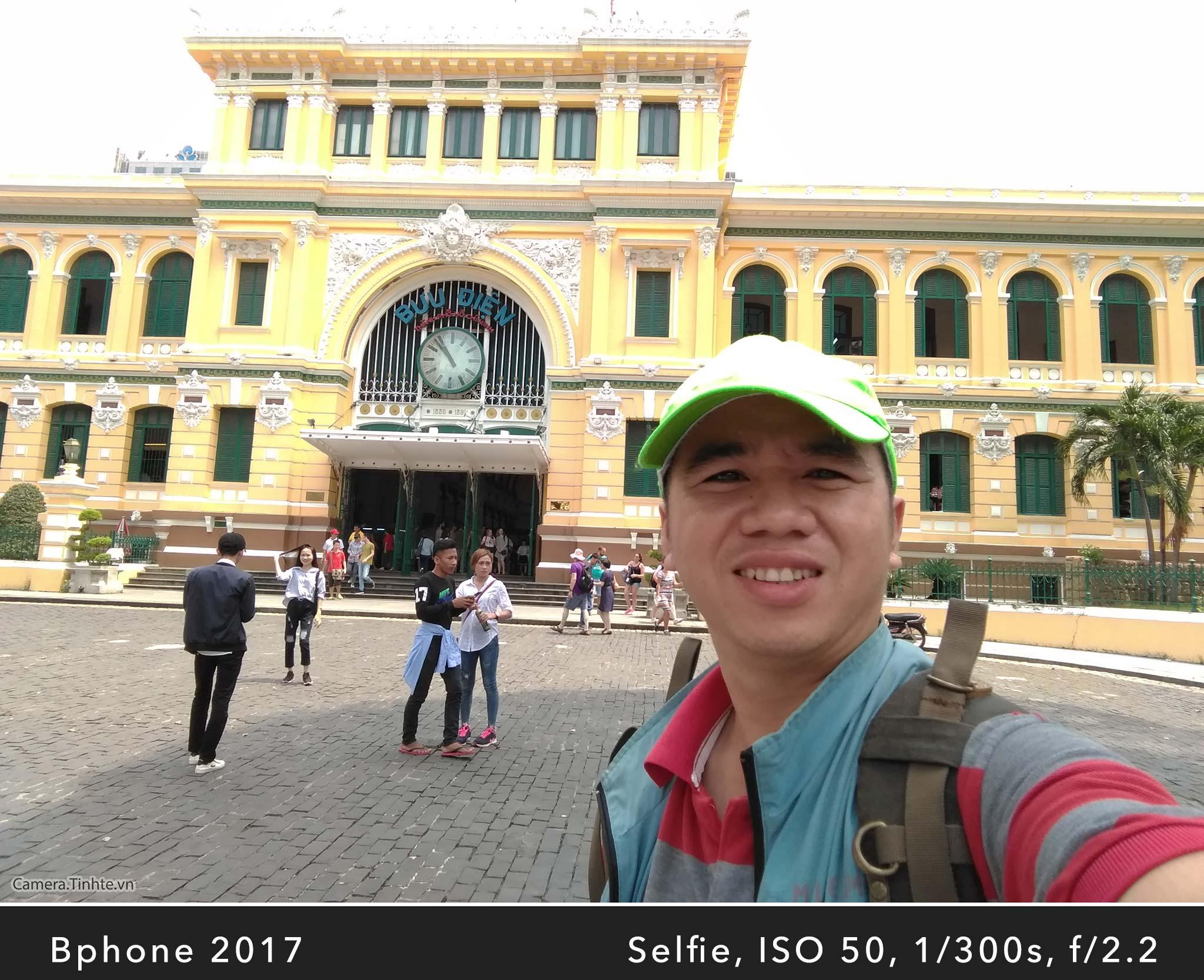 Camera.Tinhte_Review-BPhone2017_IMG_20170920_105434.jpg