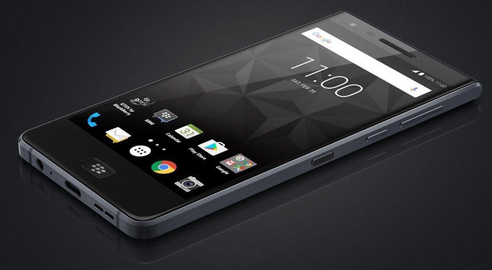 Tinhte-BlackBerry Motion-5.jpg