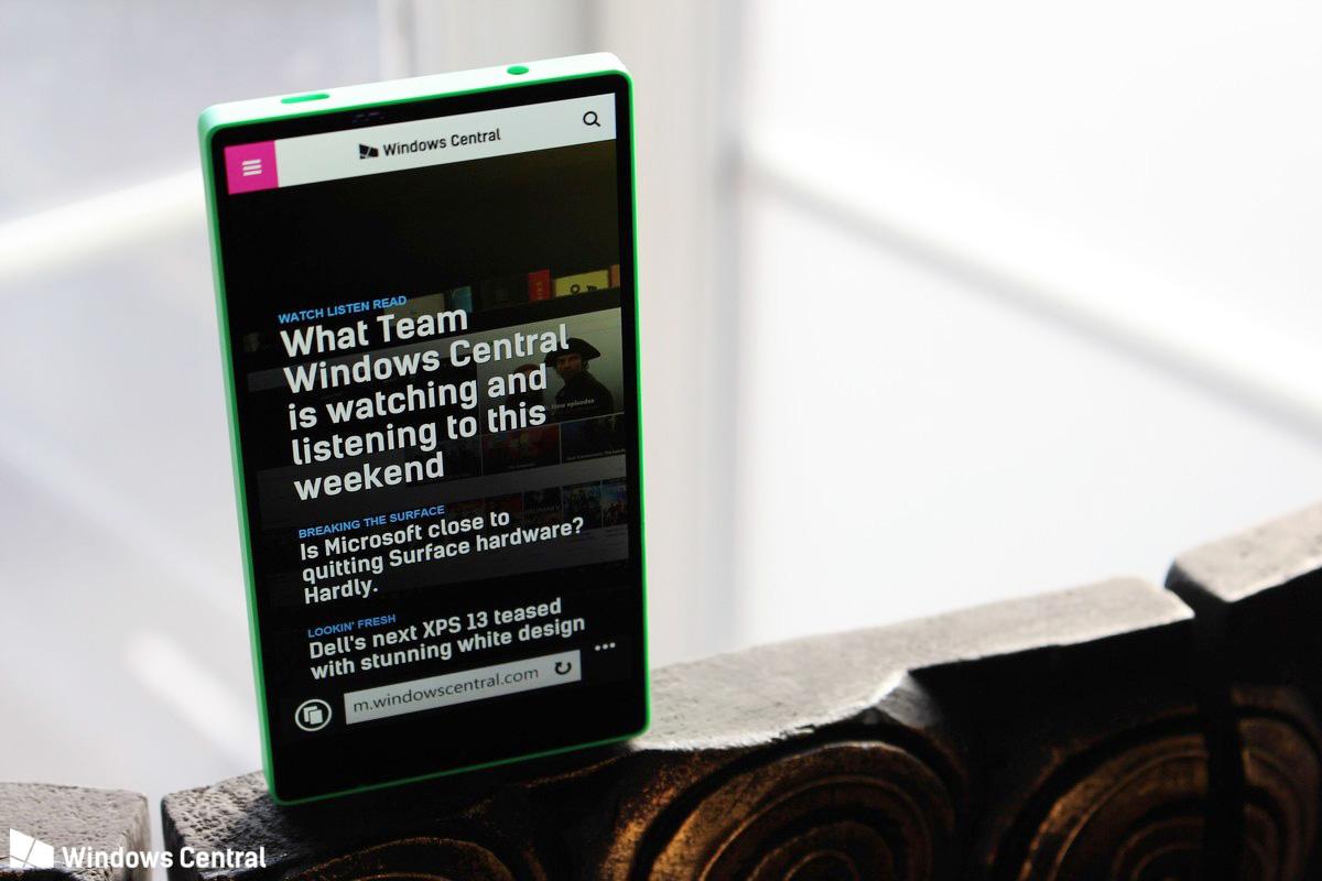 Windows_Phone_Lumia_435_vien_mong_2.jpg