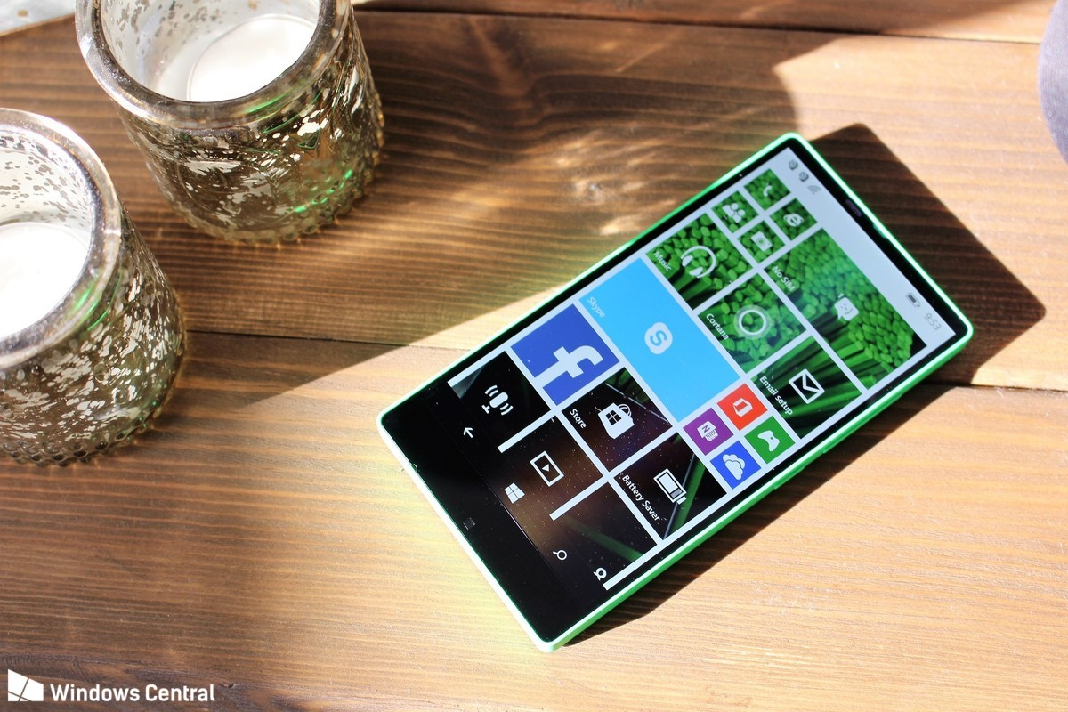 Windows_Phone_Lumia_435_vien_mong_3.jpg