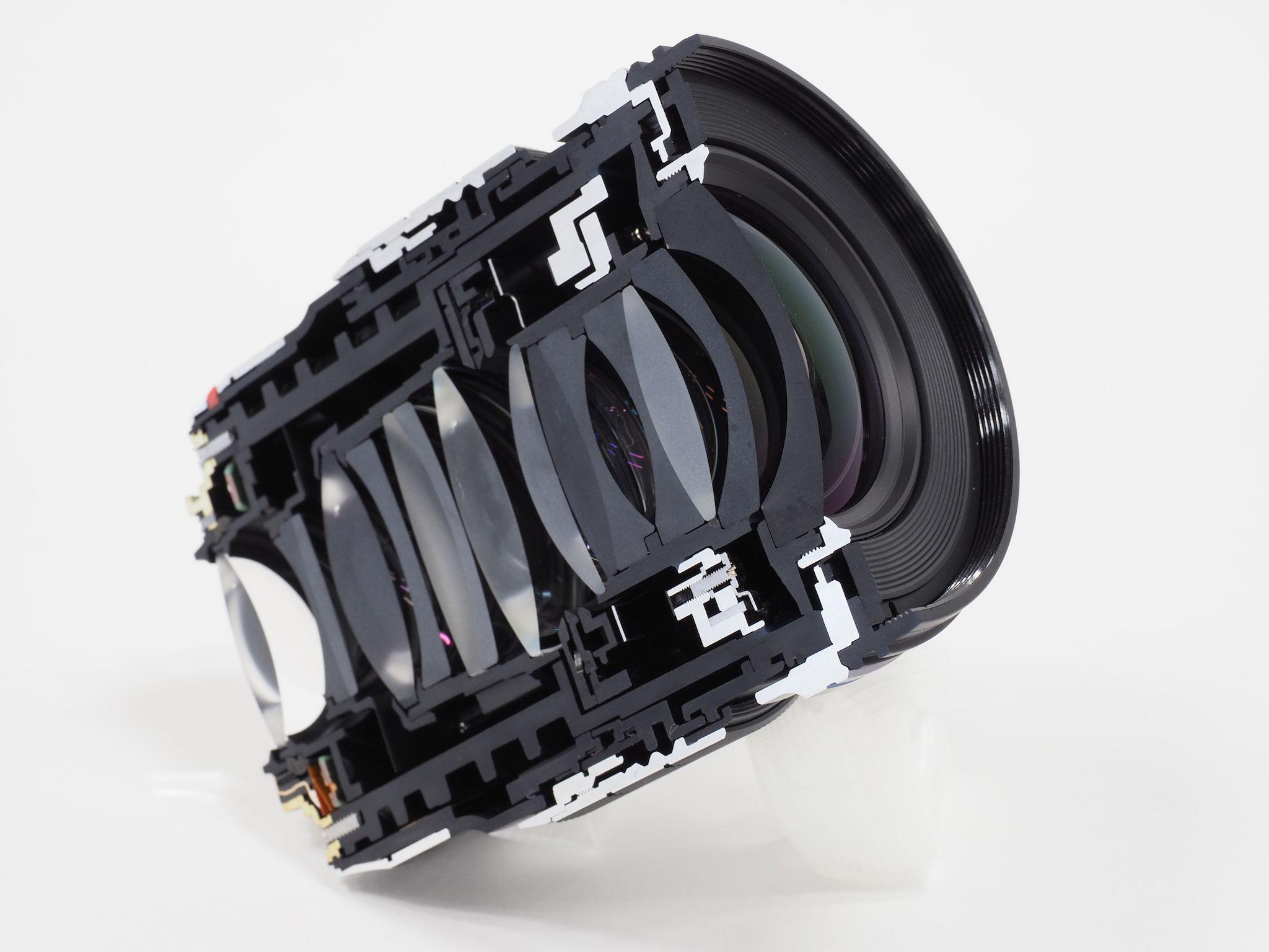 Olympus 17mm F1.2 45mm F1.2 tinhte.vn 2.jpg