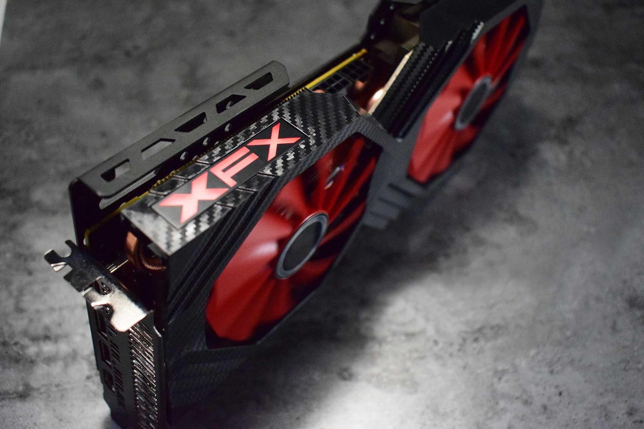 Vega_XFX-5.jpg