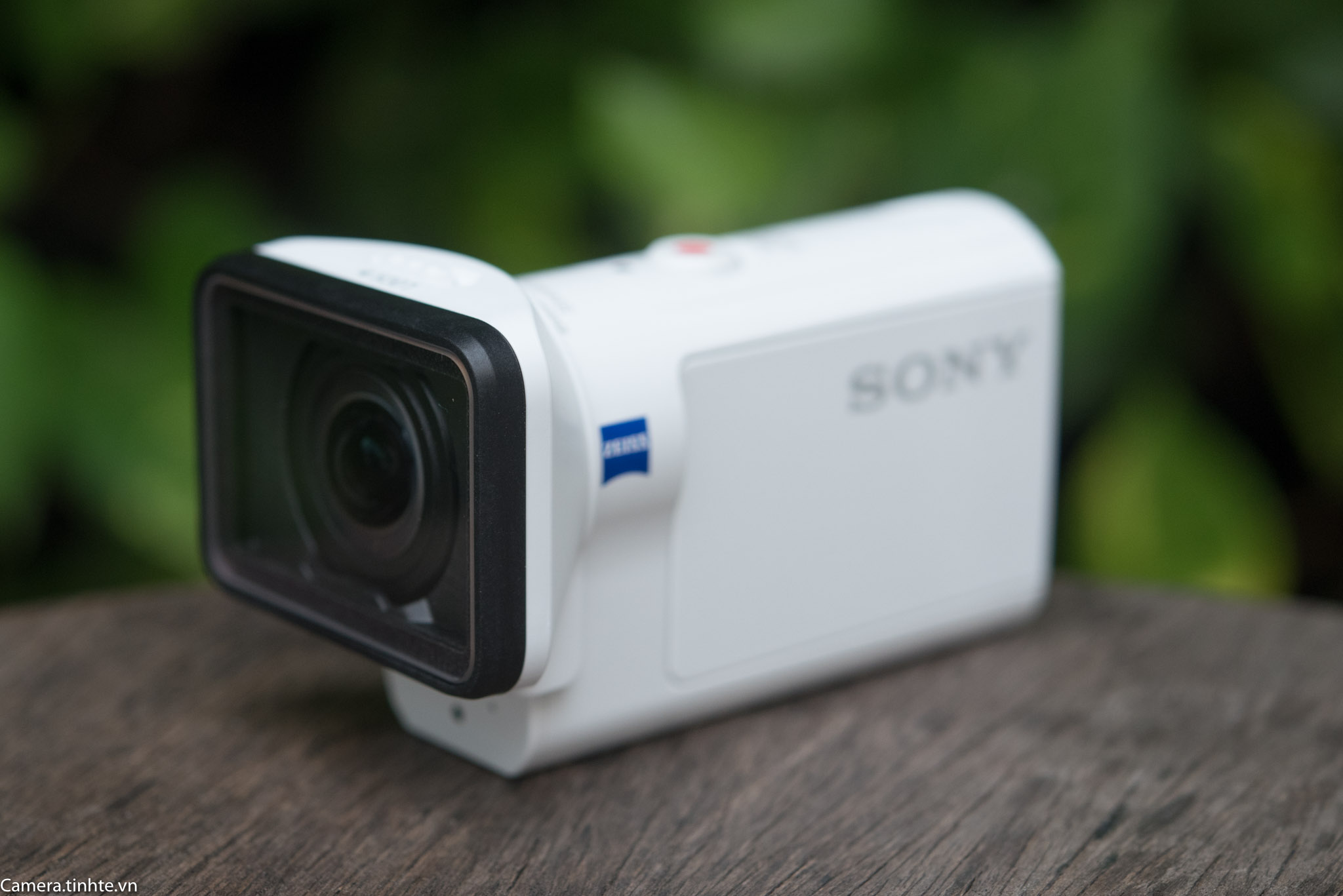 Phu kien Sony FDR-X3000 - Camera.tinhte.vn -1.jpg