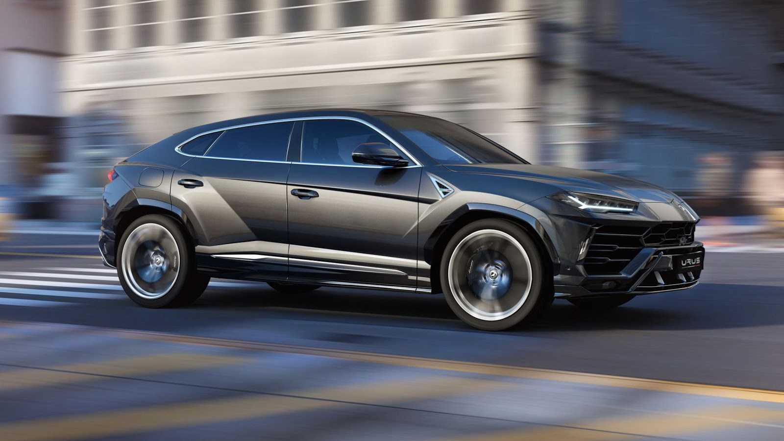 Lamborghini_Urus_tinhte_2.jpg