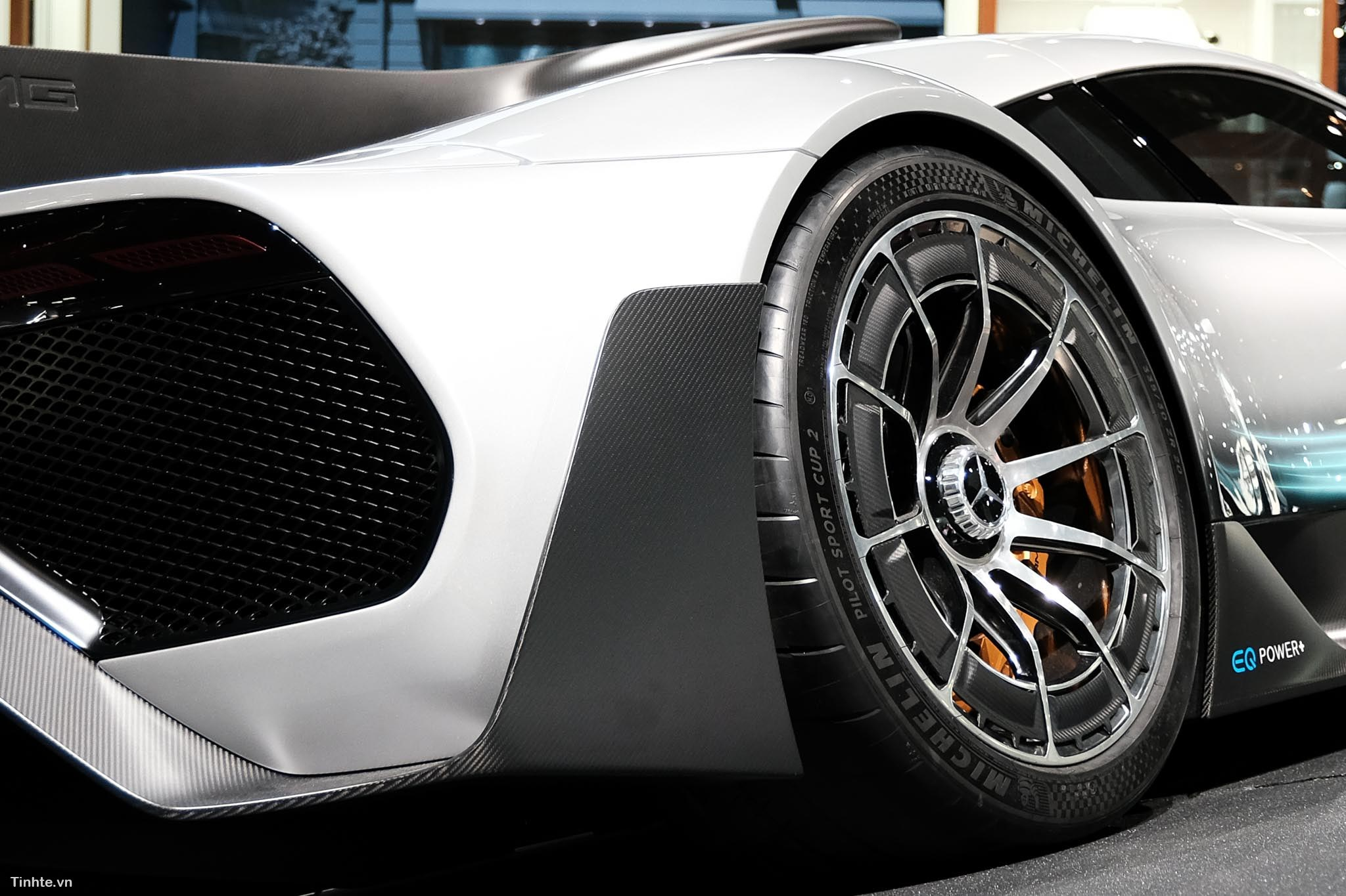 Mercedes-AMG_Project_ONE_xe_tinhte_4.jpg