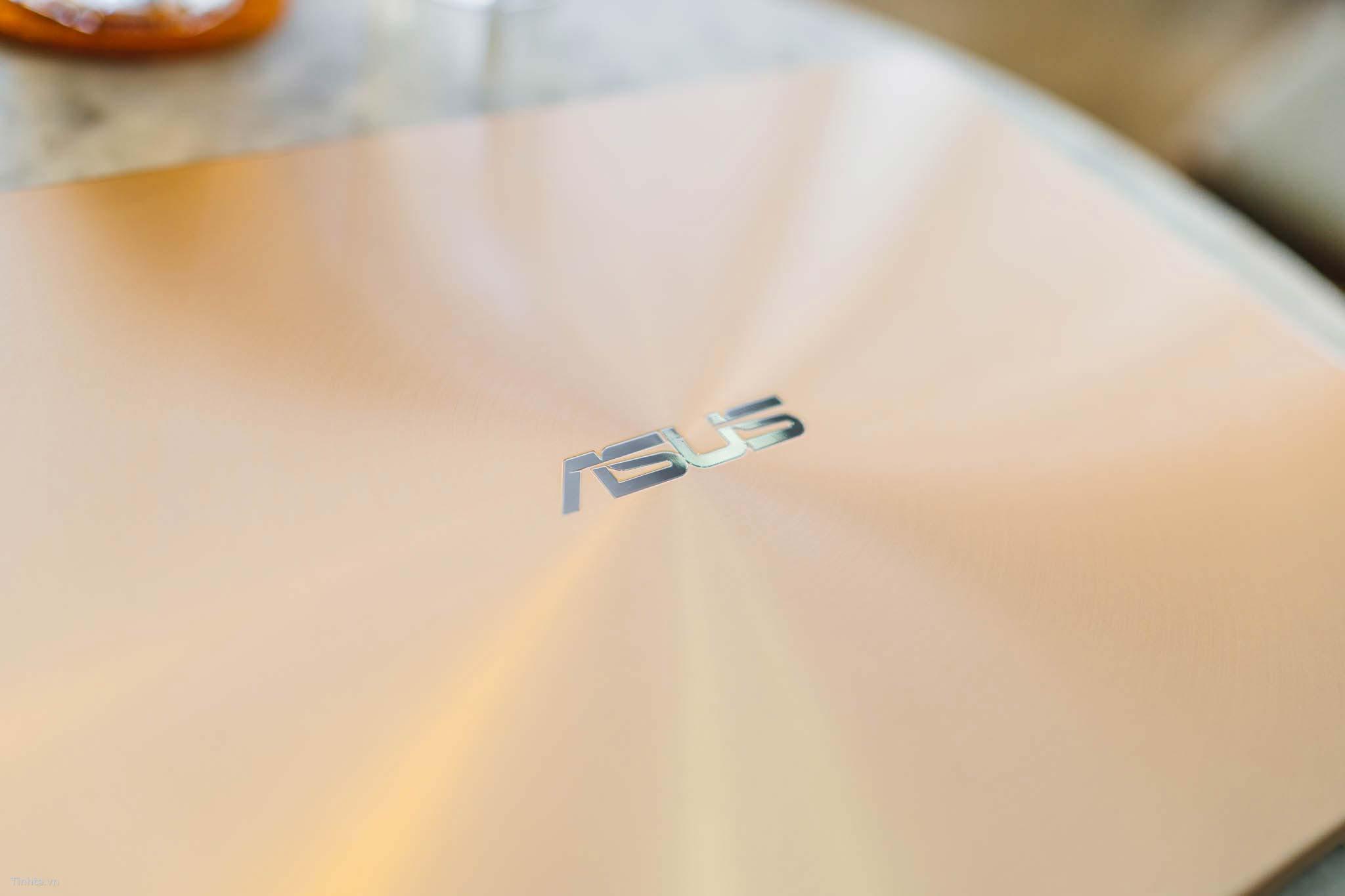 ASUS_UX430_ex-2.jpg