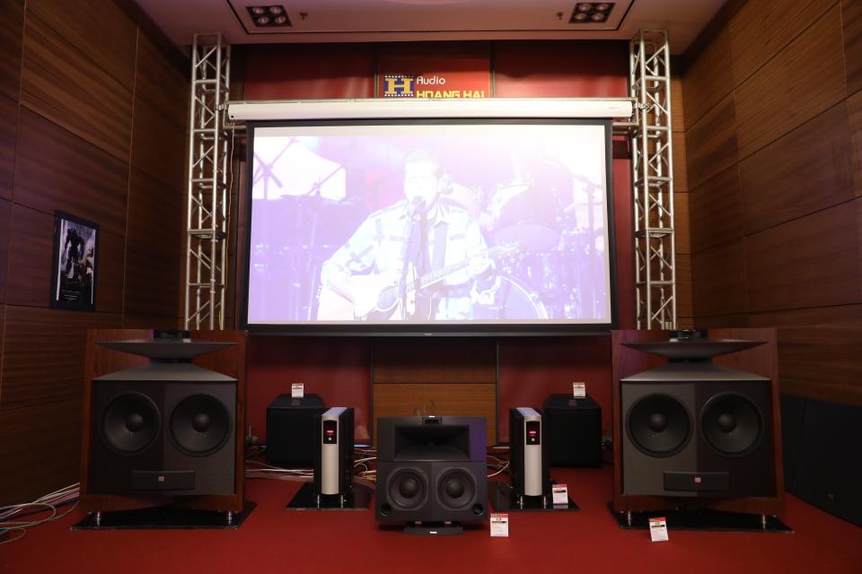 monospace-avshow-2017-hoàng-hải-audio-jbl-mark-levinson-1 (9).JPG