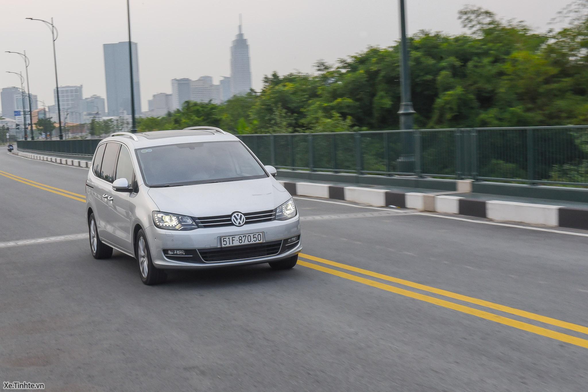 Volkswagen_Sharan_Xe_Tinhte_123.jpg