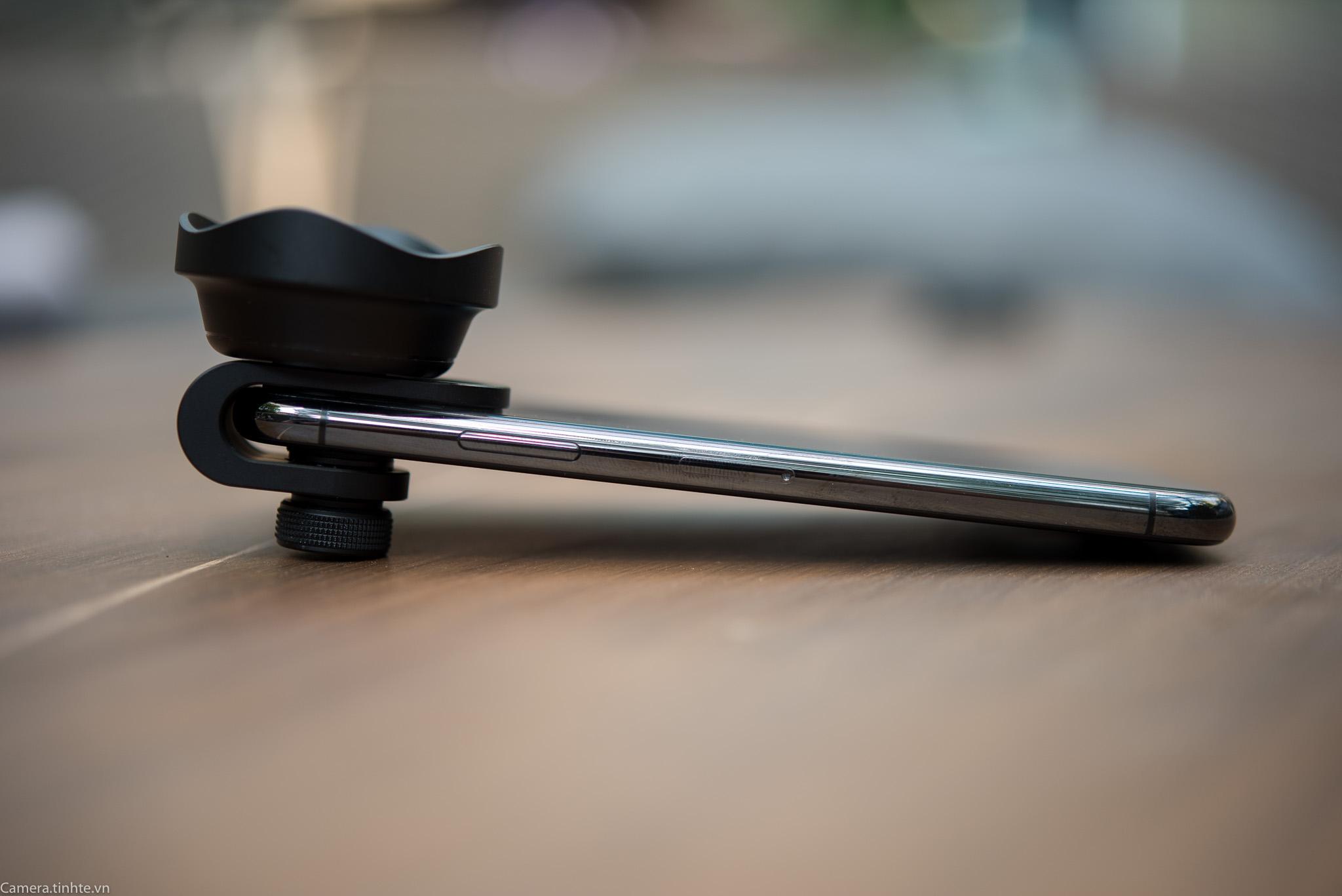 Tren tay ong kinh P-Hole lens iPhone X - Camera.tinhte.vn-18.jpg