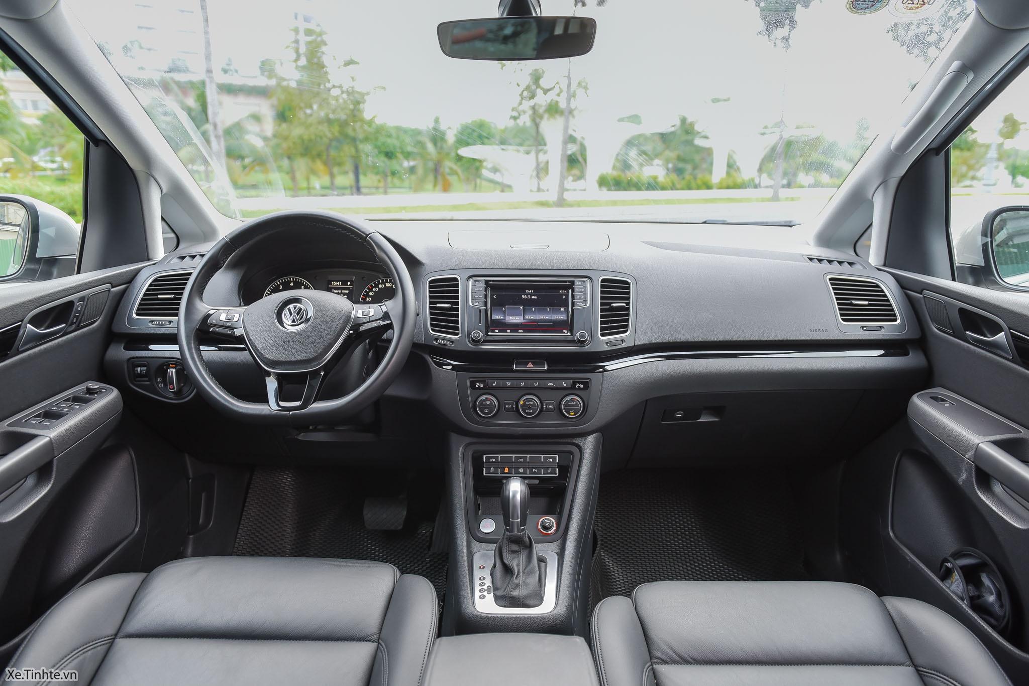 Volkswagen_Sharan_Xe_Tinhte_029.jpg