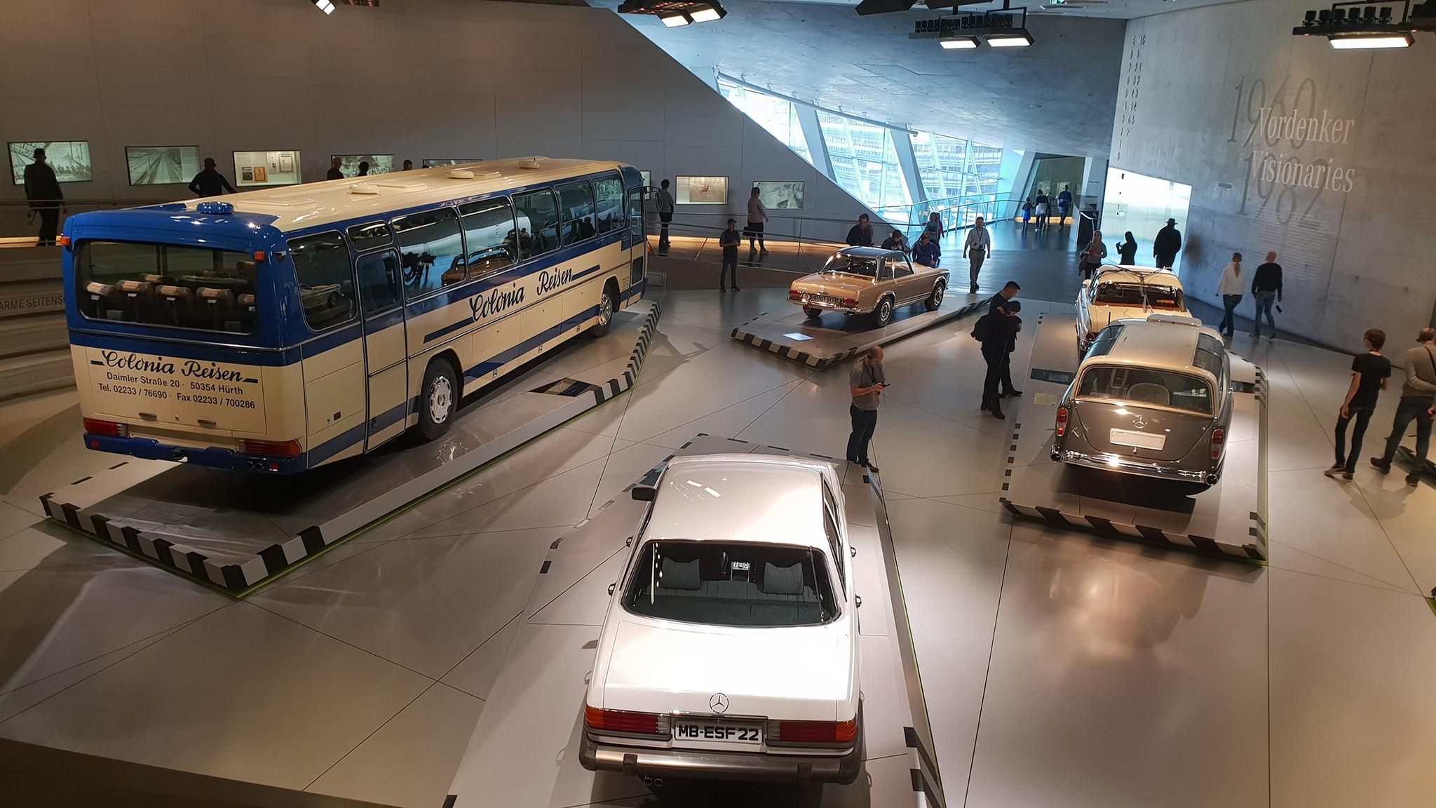 S9-Mercedes-Benz Museum-tinhte-18.jpg