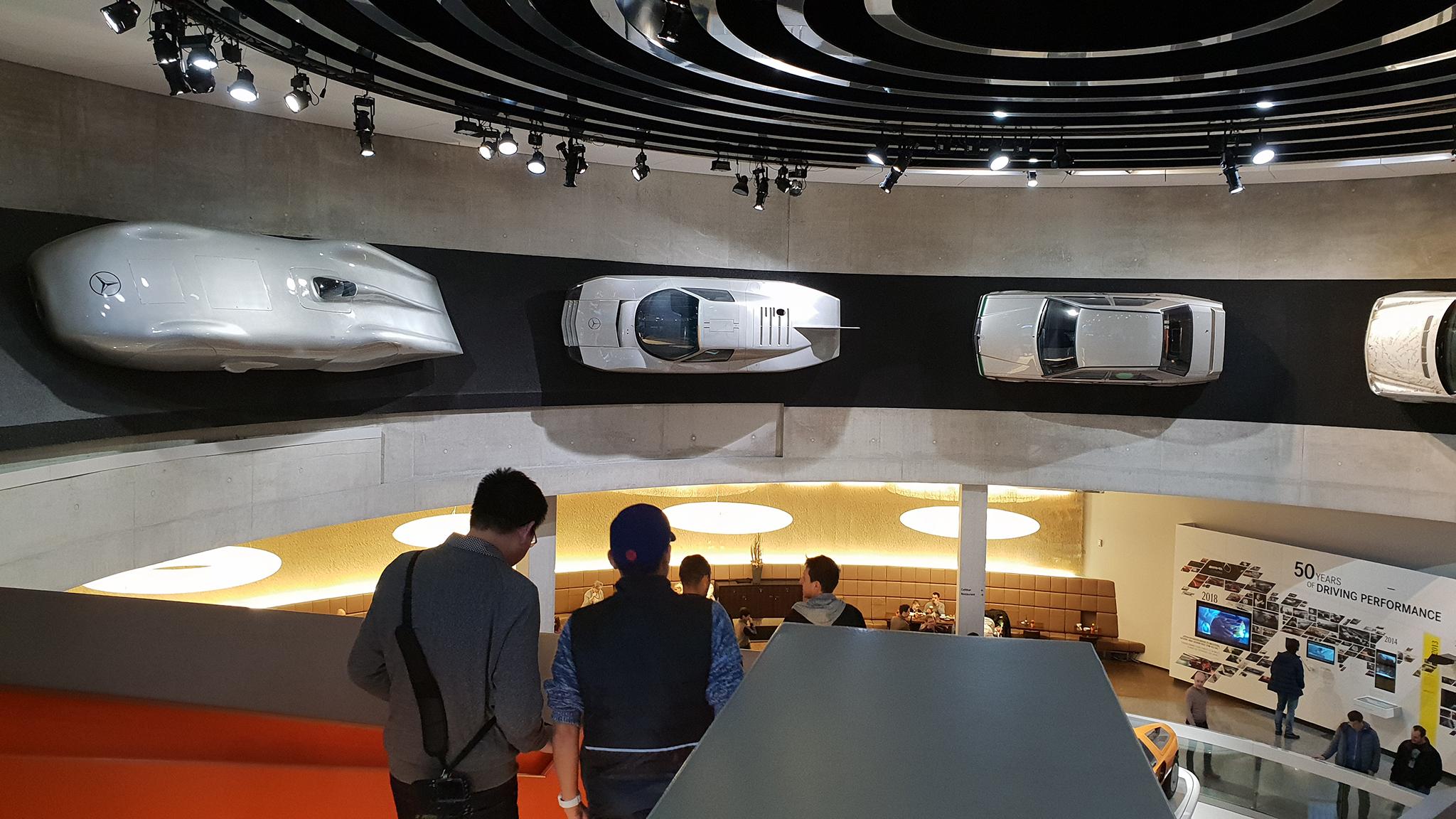 S9-Mercedes-Benz Museum-tinhte-35.jpg