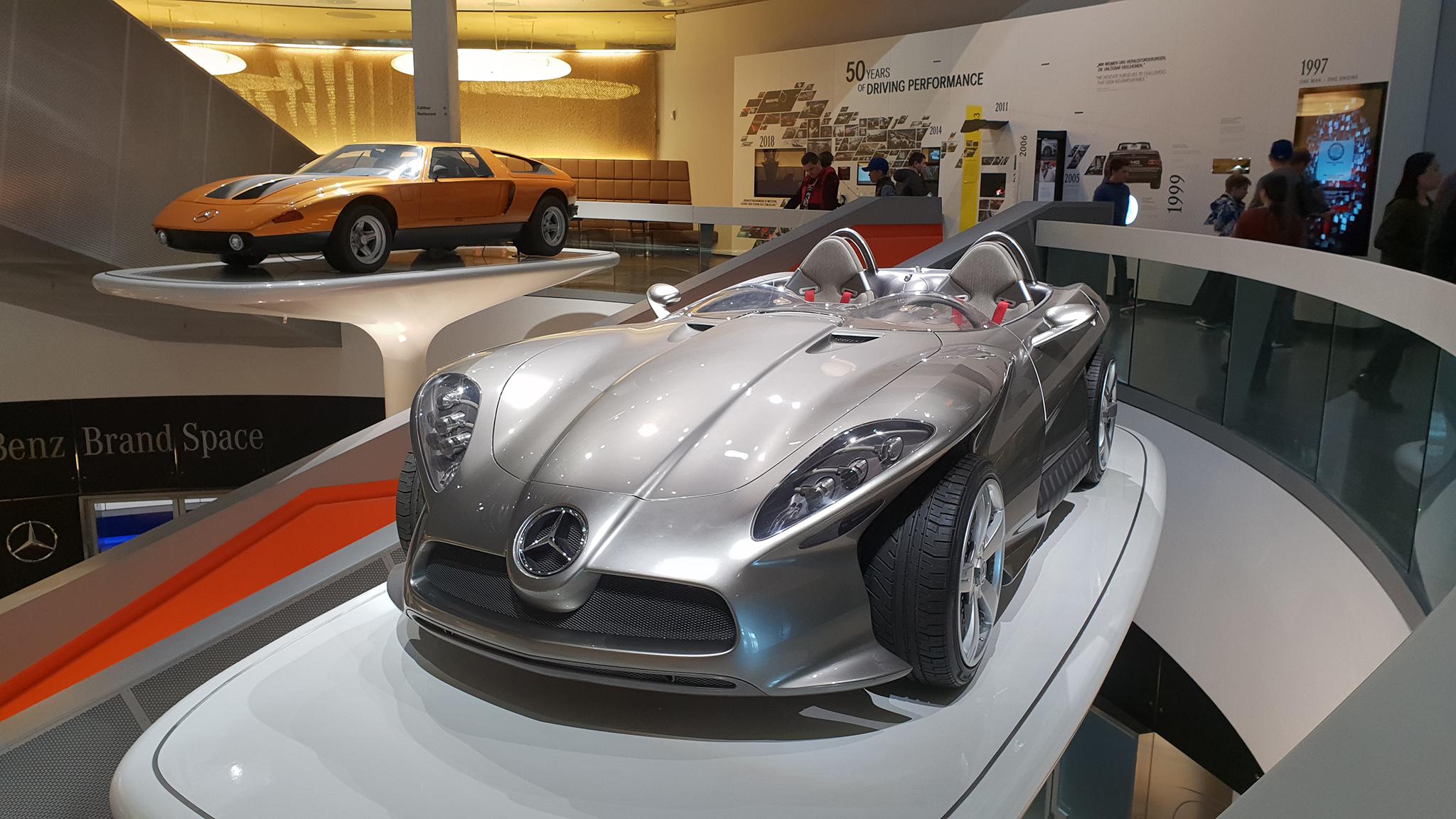 S9-Mercedes-Benz Museum-tinhte-39.jpg
