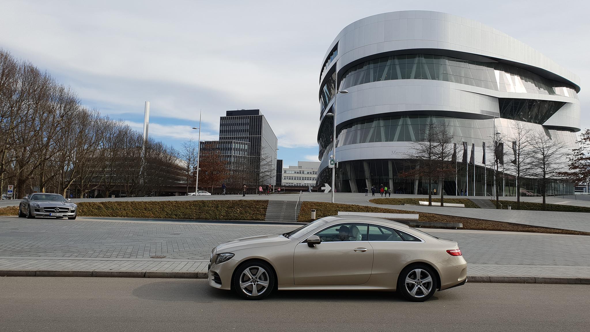 S9-Mercedes-Benz Museum-tinhte-48.jpg