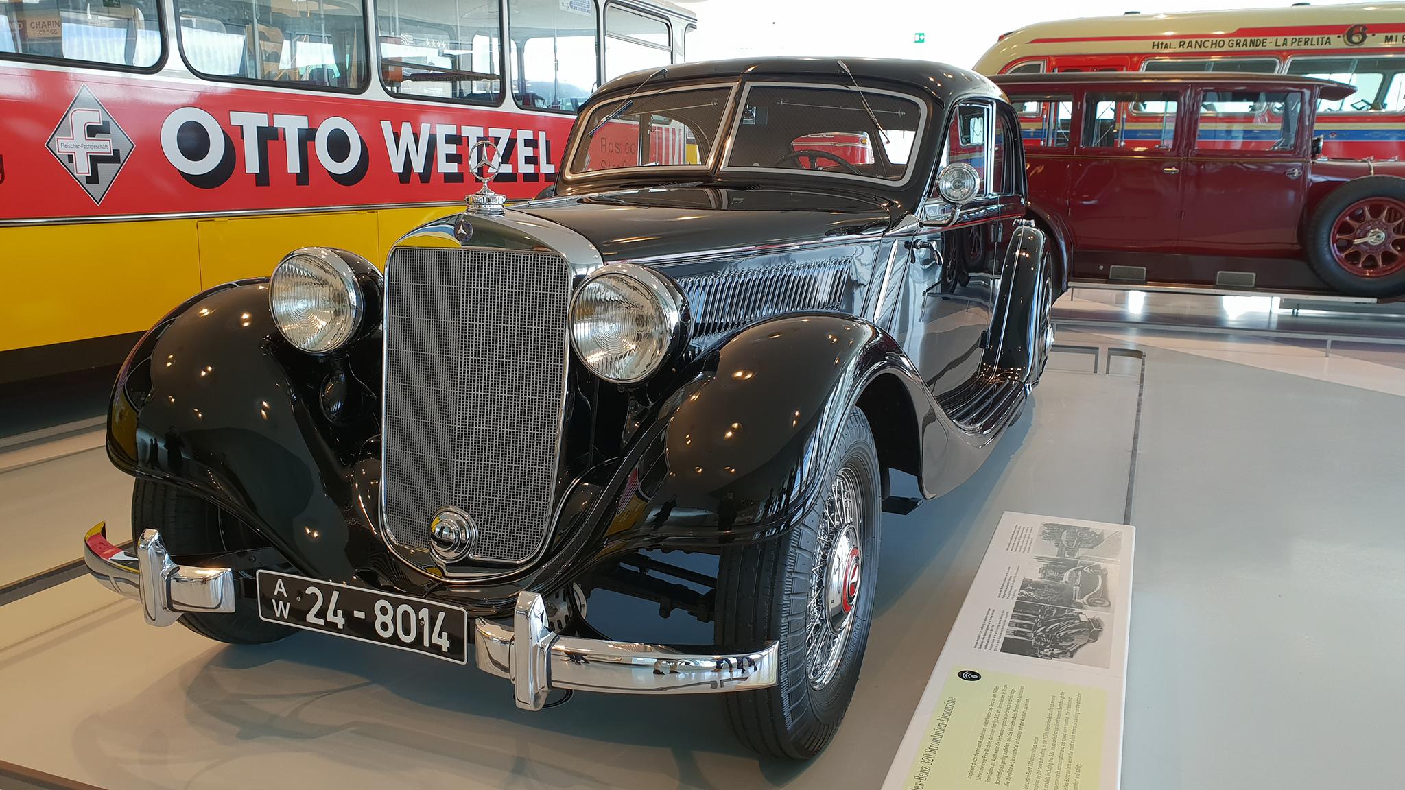 S9-Mercedes-Benz Museum-tinhte-64.jpg