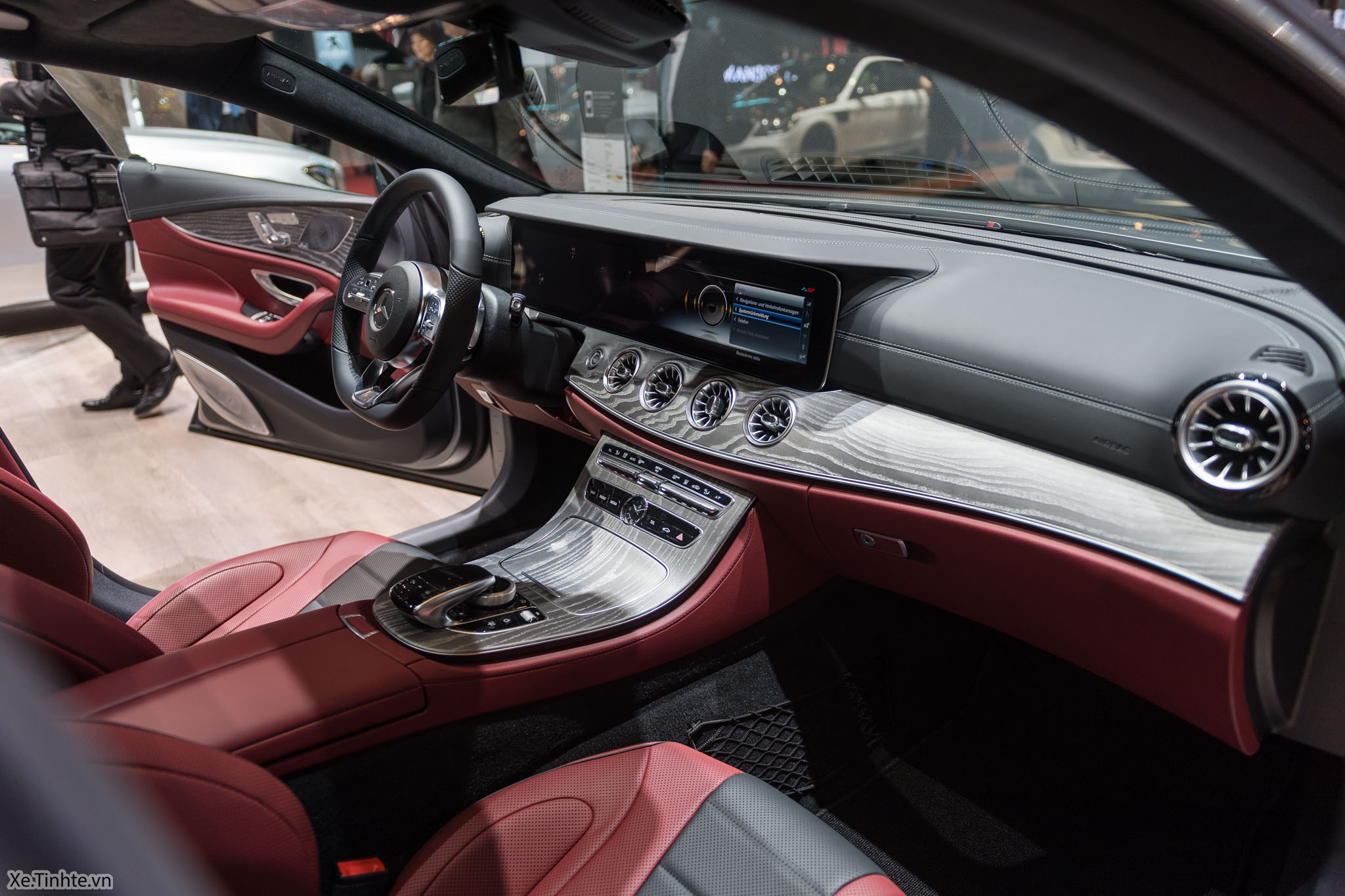 Mercedes_CLS_450_4MATIC_Coupe_Xe_Tinhte-015.jpg