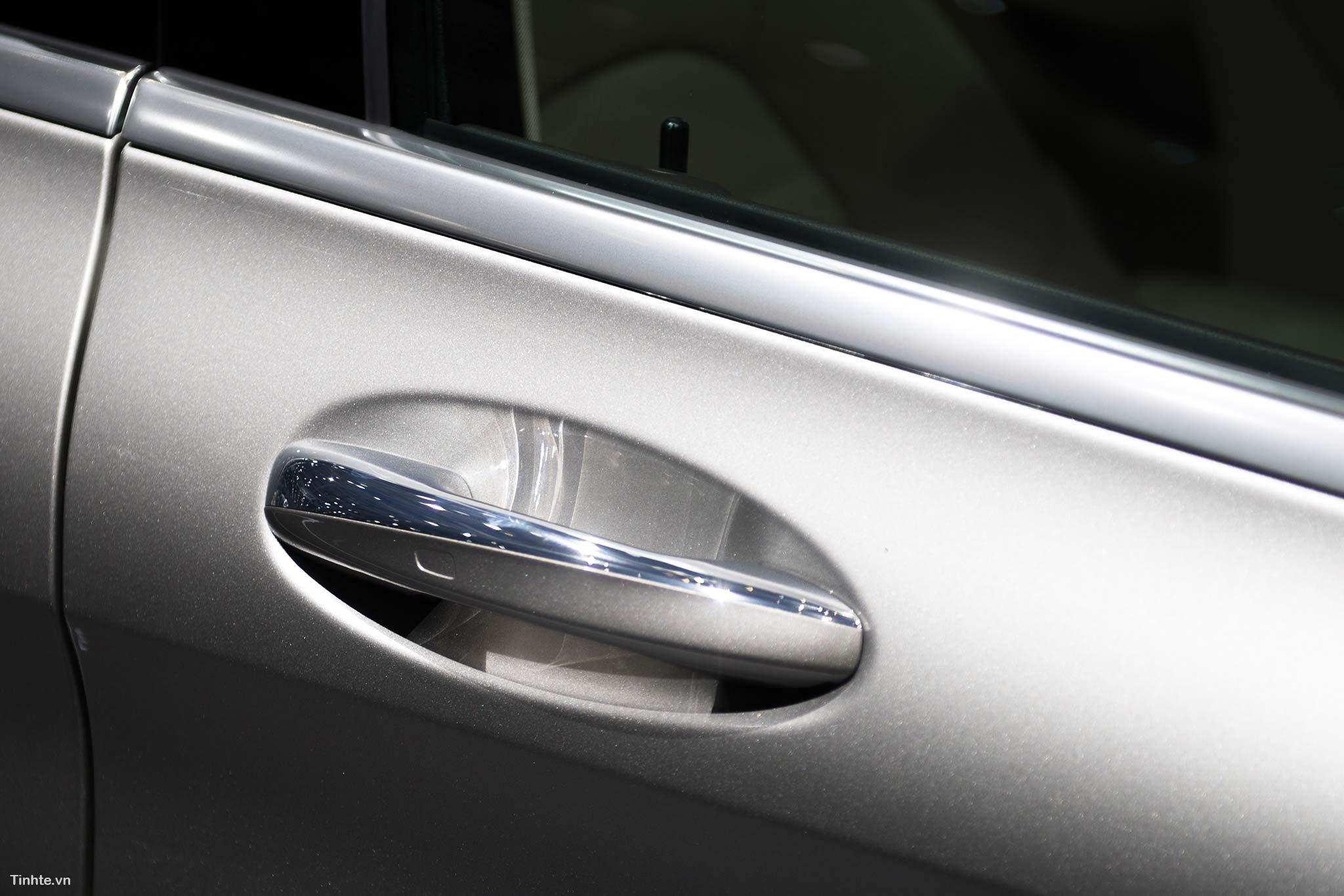 tinhte_Mercedes-Benz-C-200-4MATIC-9.jpg
