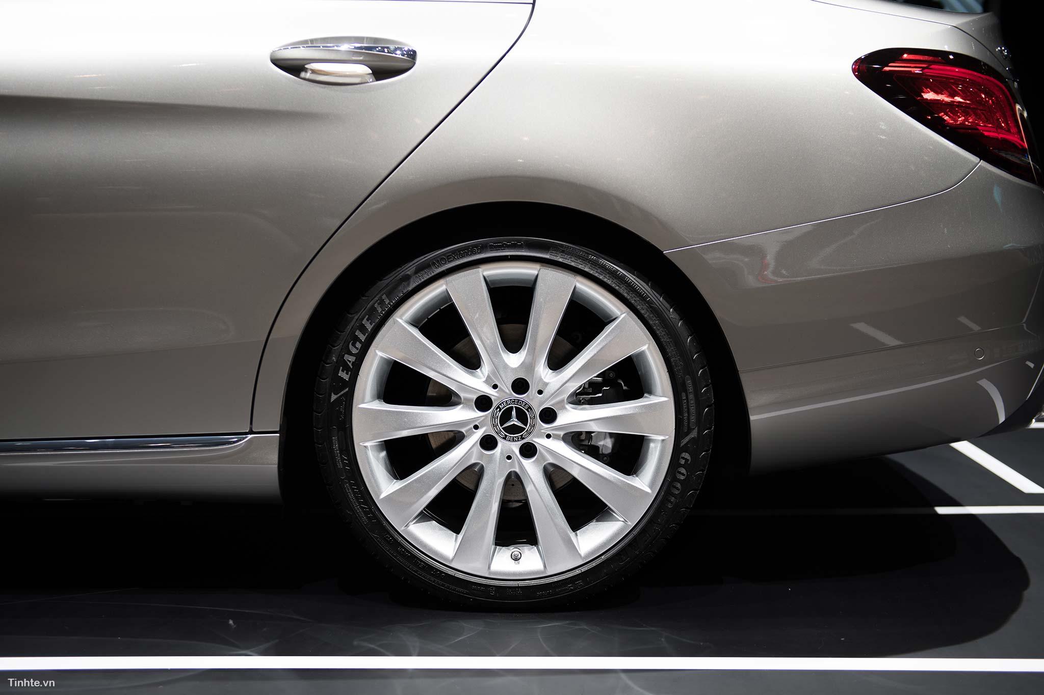 tinhte_Mercedes-Benz-C-200-4MATIC-13.jpg
