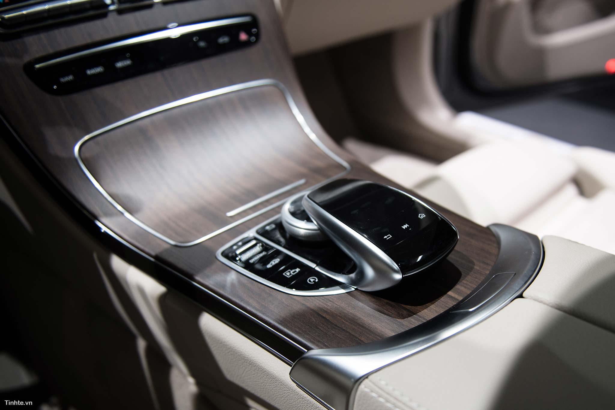 tinhte_Mercedes-Benz-C-200-4MATIC-29.jpg